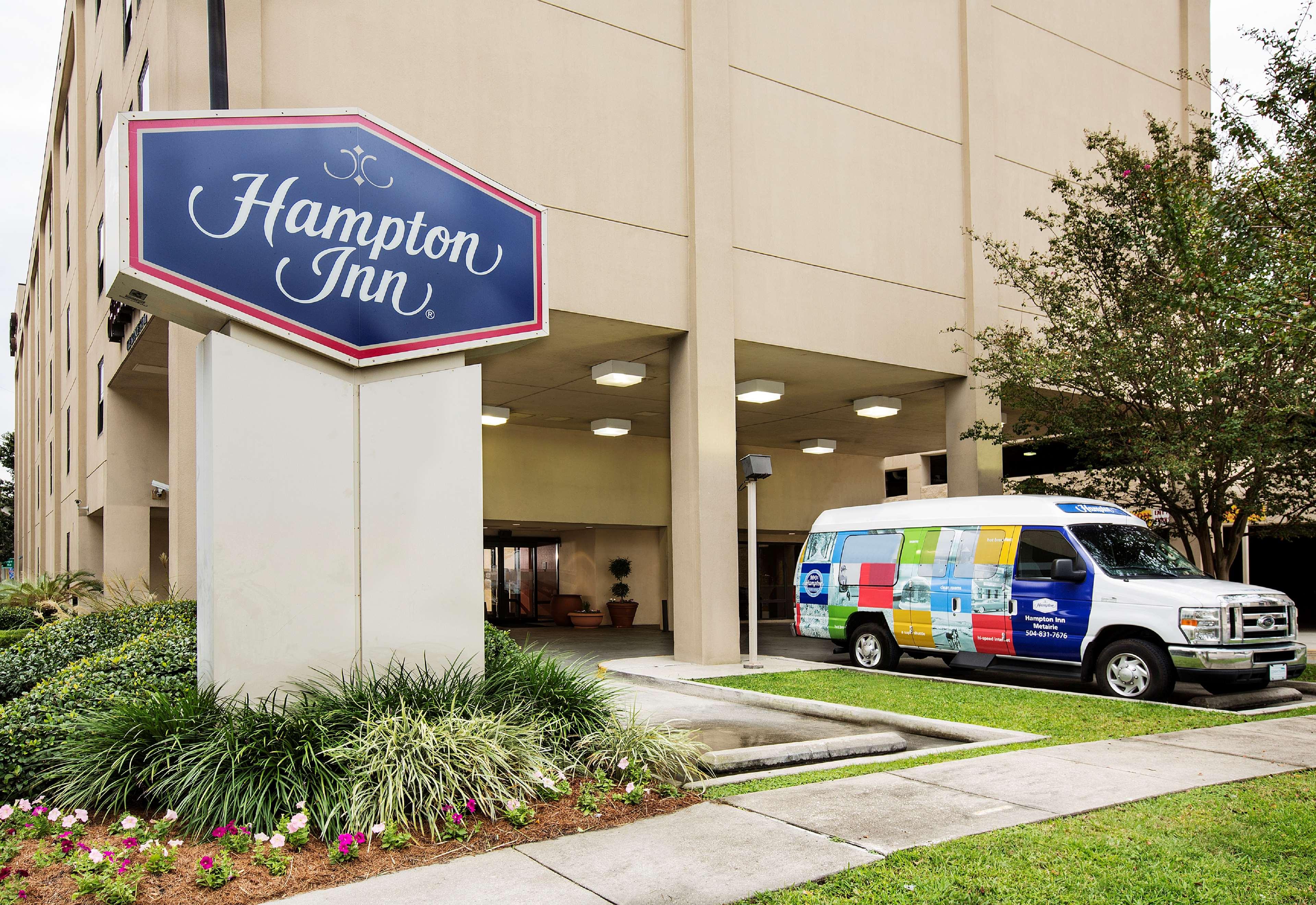 Hampton Inn Metairie image 0
