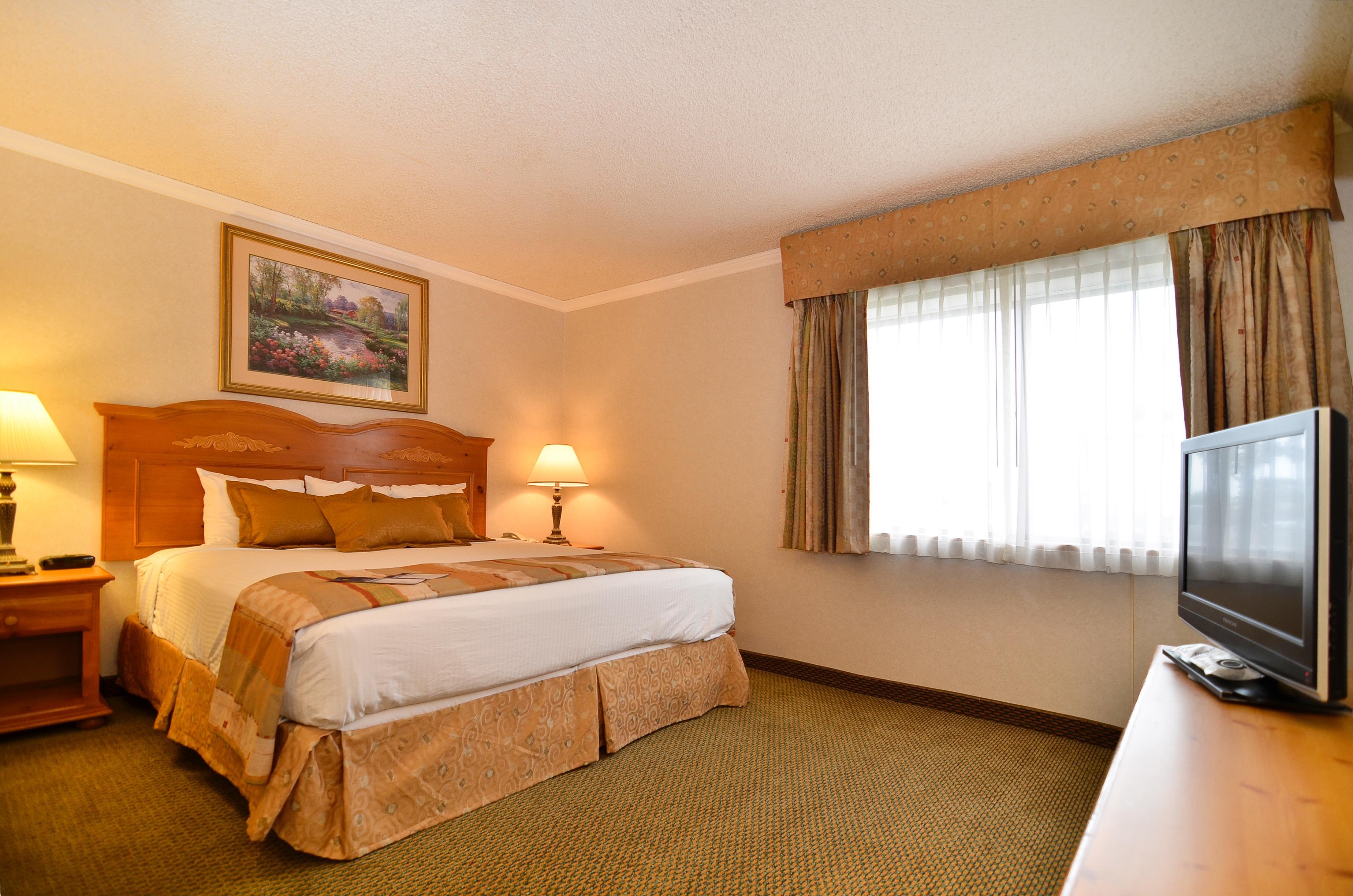 Best Western Inn & Suites image 16