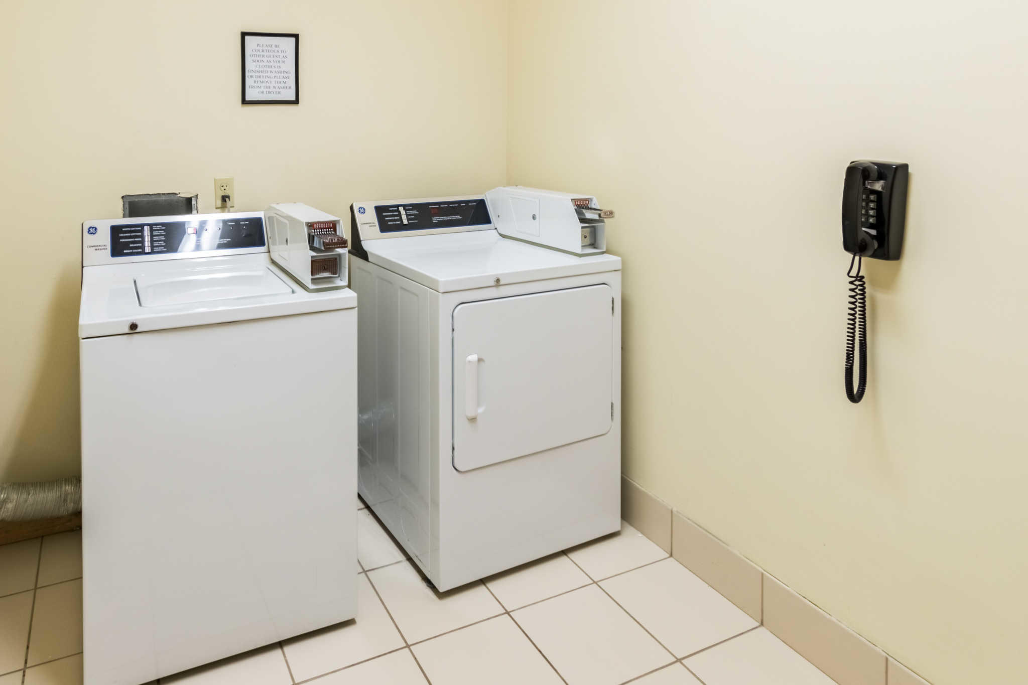 Comfort Inn & Suites near Comanche Peak image 37