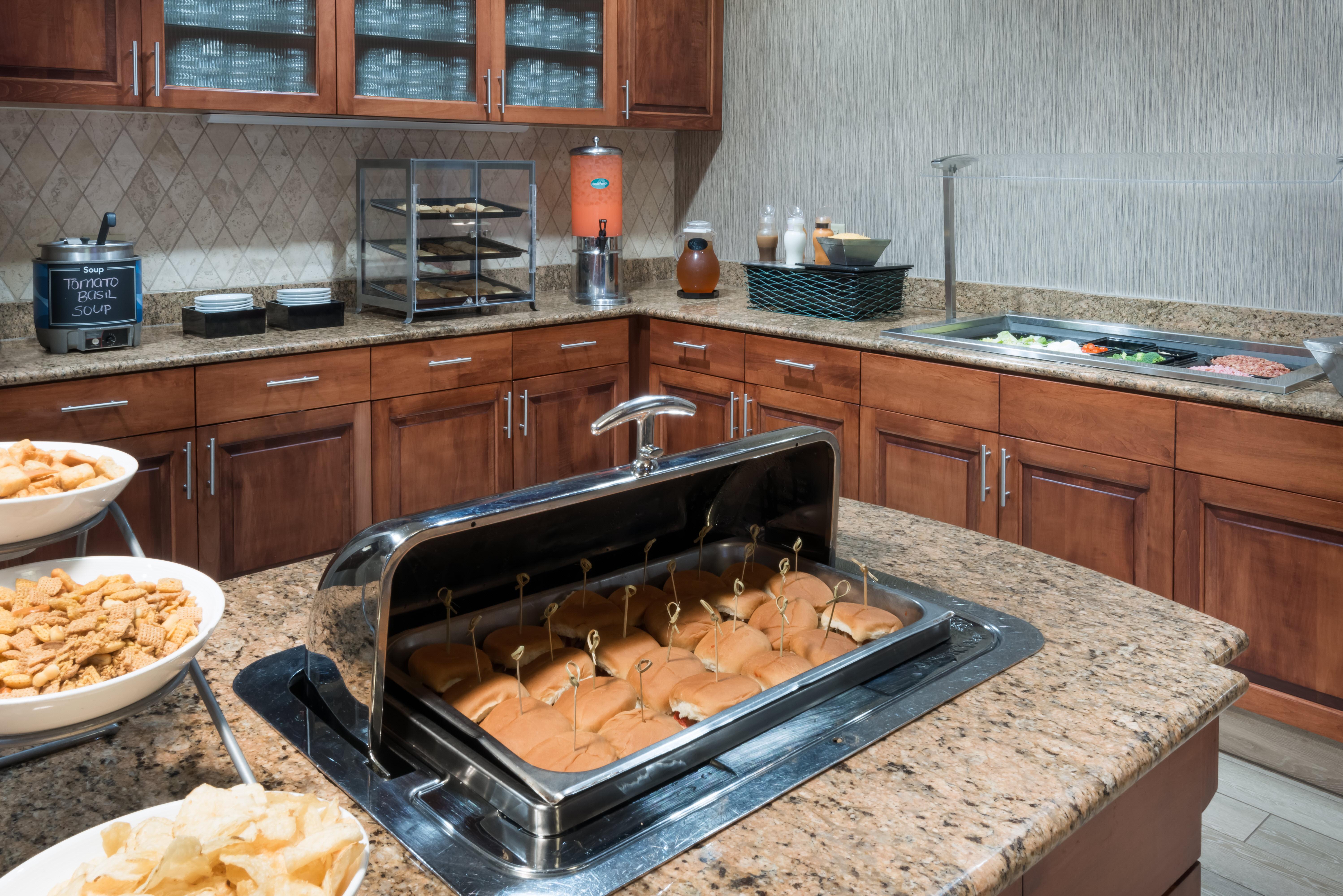 Homewood Suites by Hilton Cleveland-Beachwood image 20
