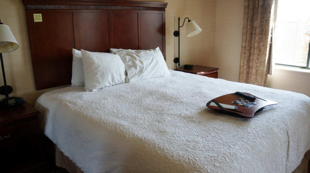 Hampton Inn & Suites Kingman image 12