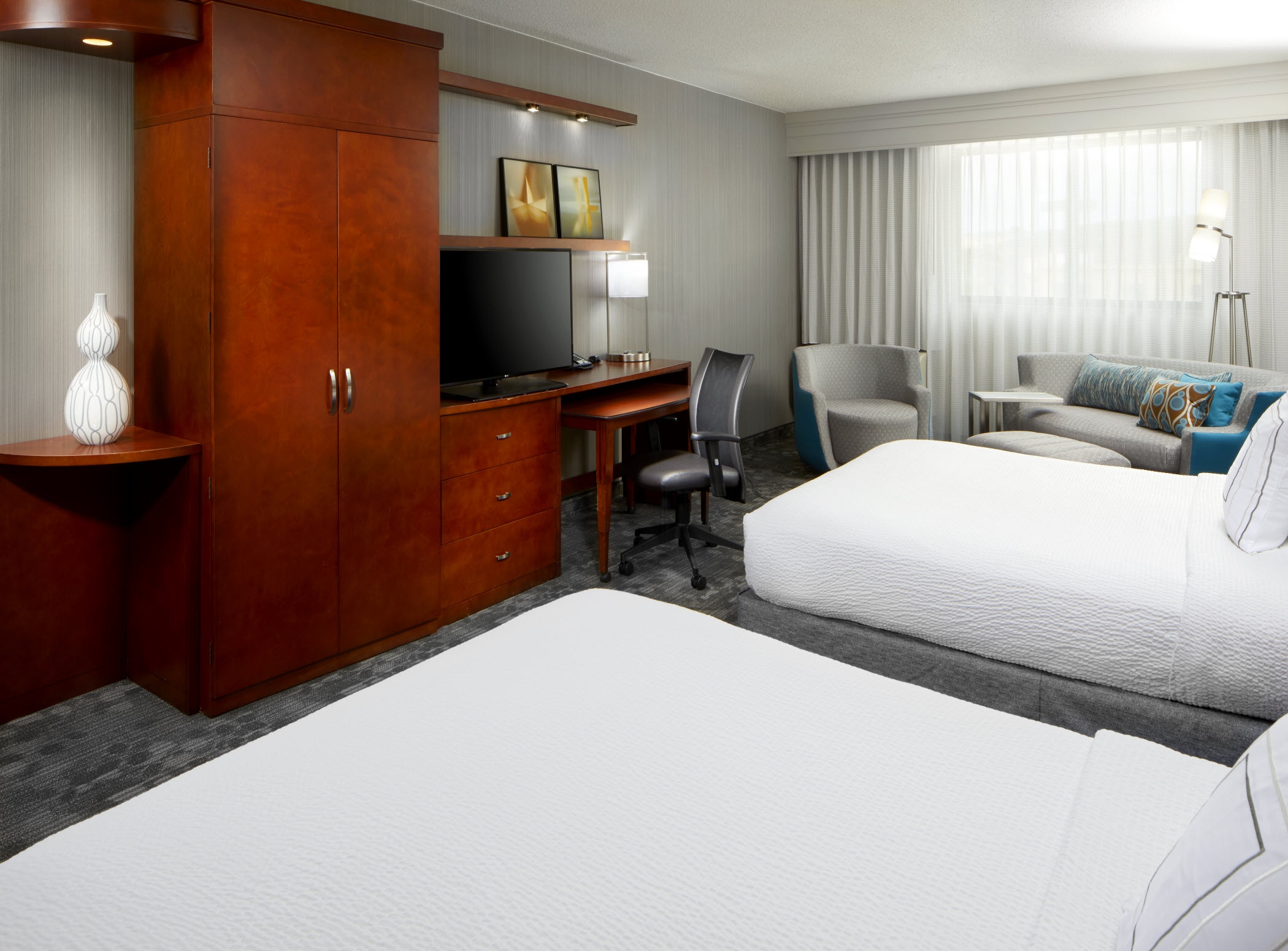 Courtyard by Marriott San Antonio Six Flags® at The RIM image 8
