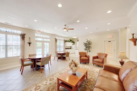 Clairmont Apartments image 4
