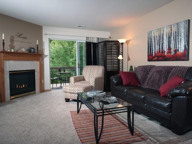 Saddle Brook Apartments image 9