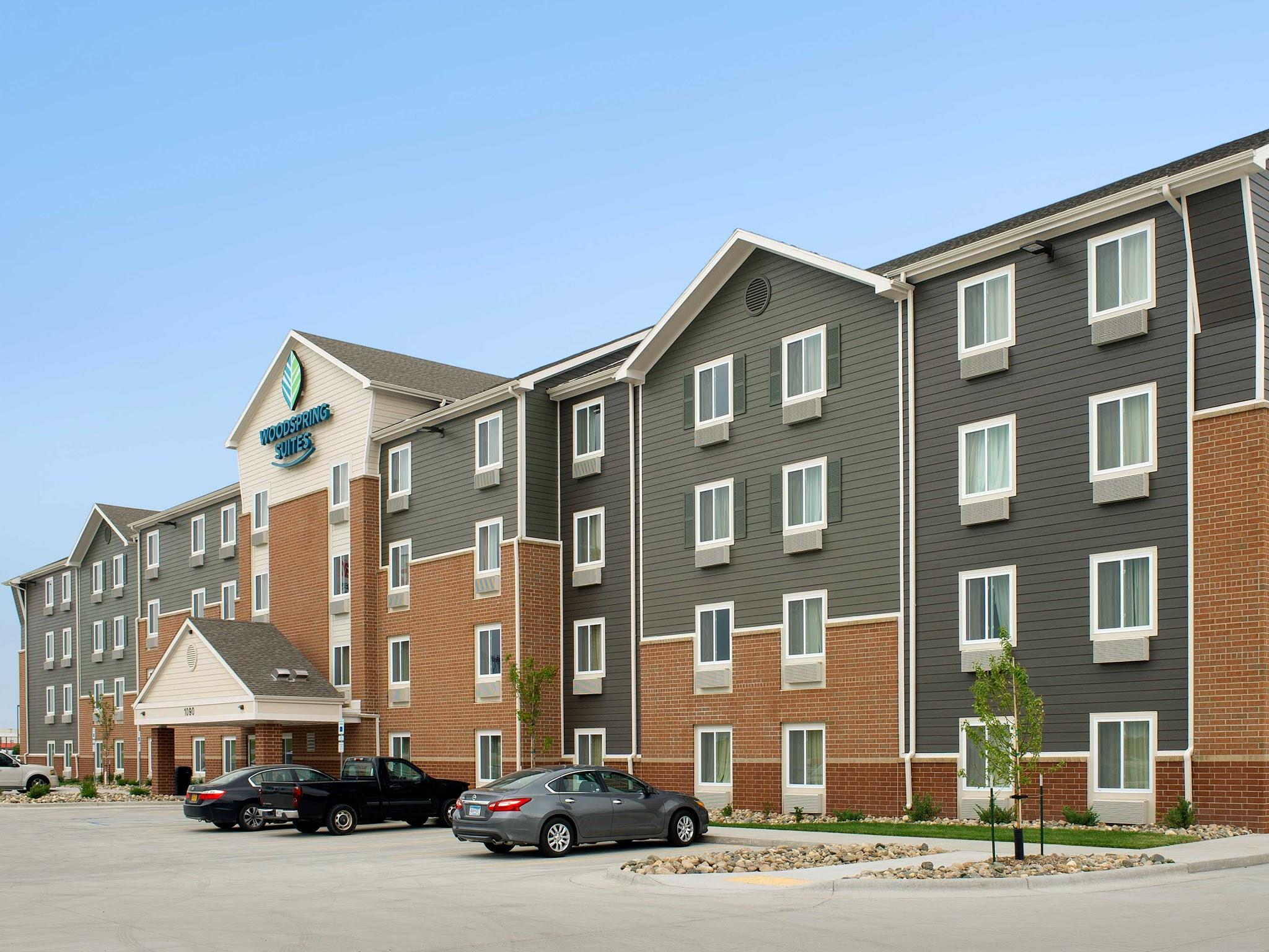 WoodSpring Suites Fargo image 10