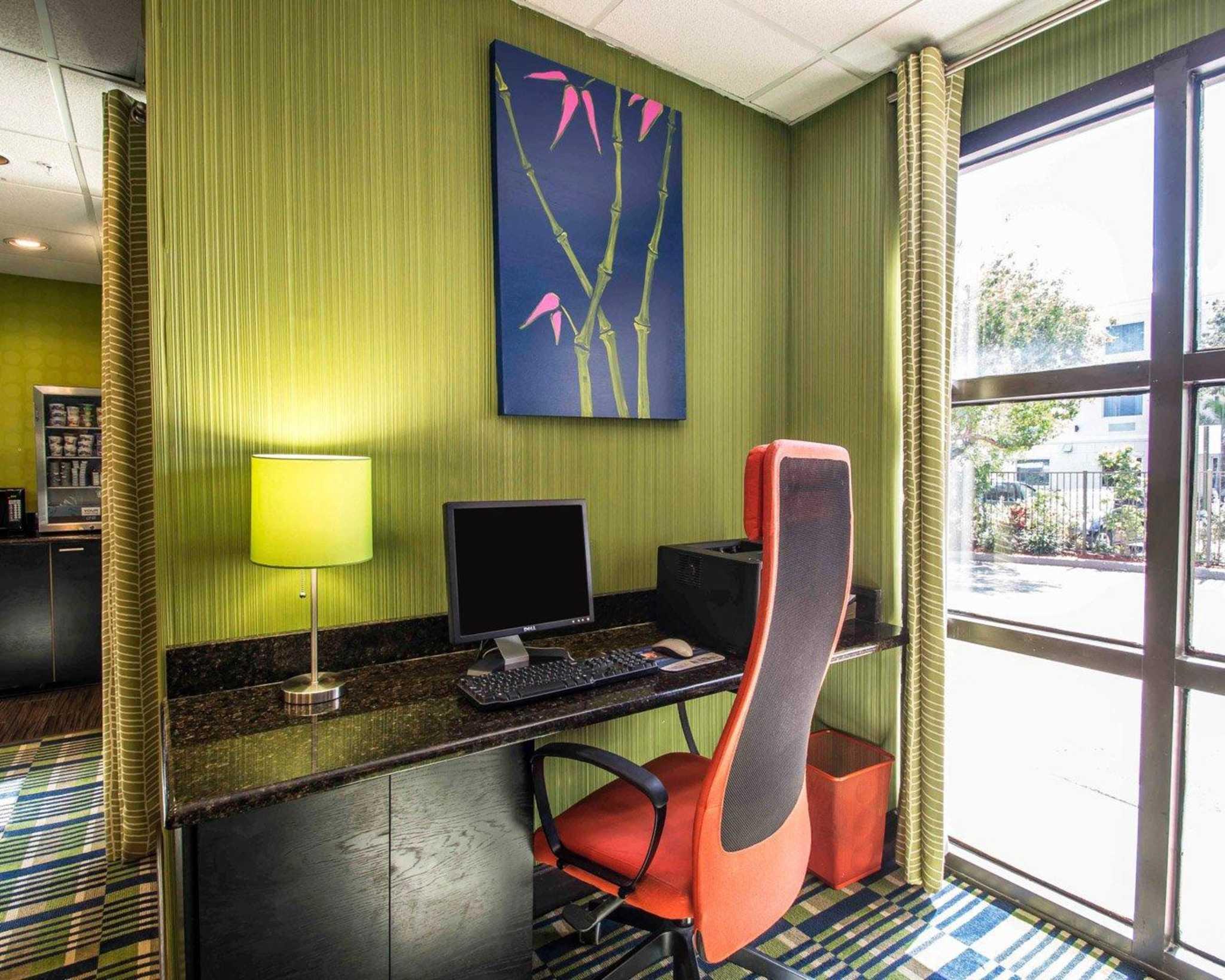 Comfort Inn & Suites Lantana - West Palm Beach South image 34