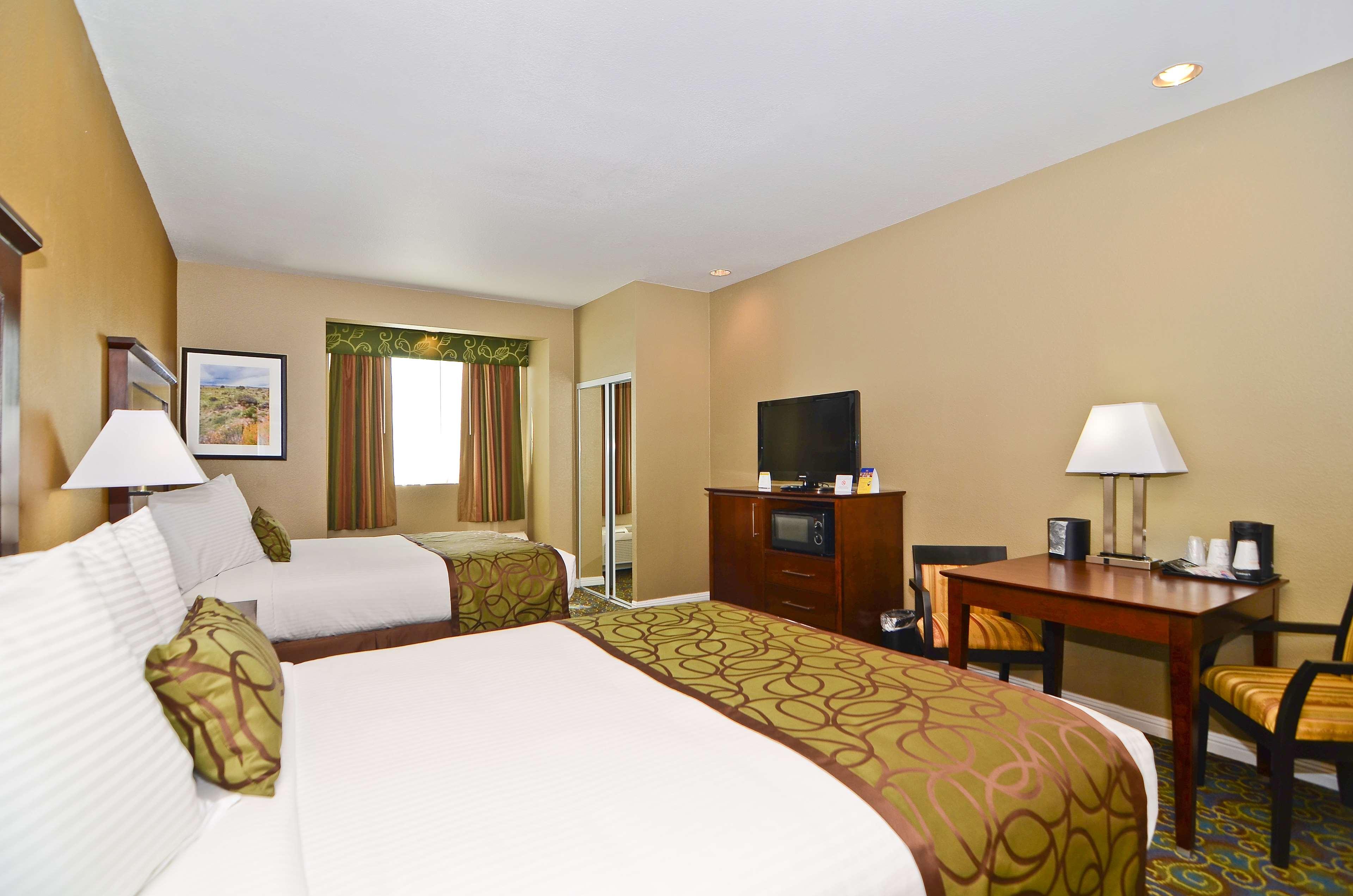 Best Western California City Inn & Suites image 22