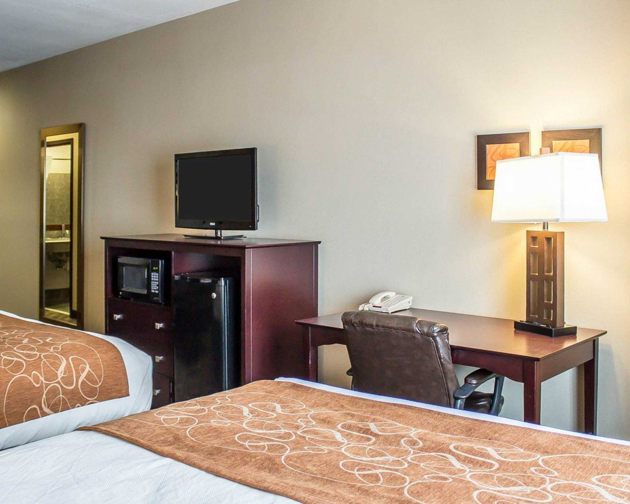 Comfort Suites Perrysburg - Toledo South image 17
