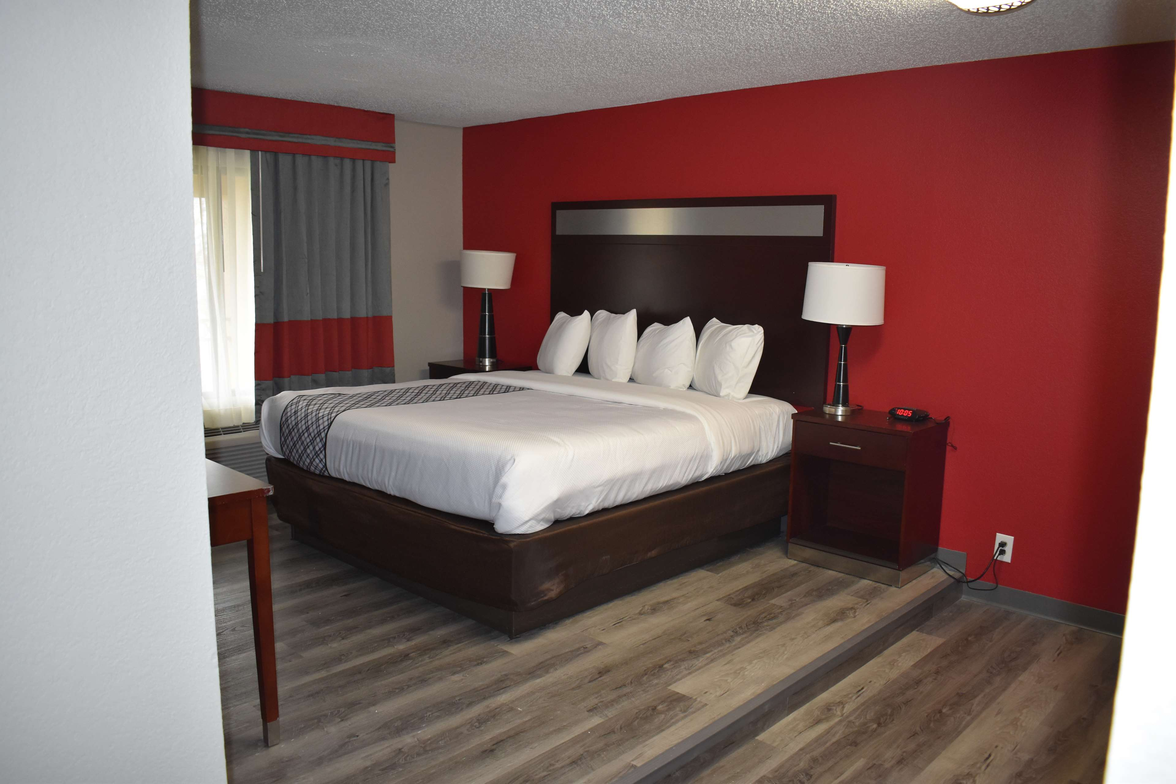 SureStay Plus Hotel by Best Western San Antonio North image 8