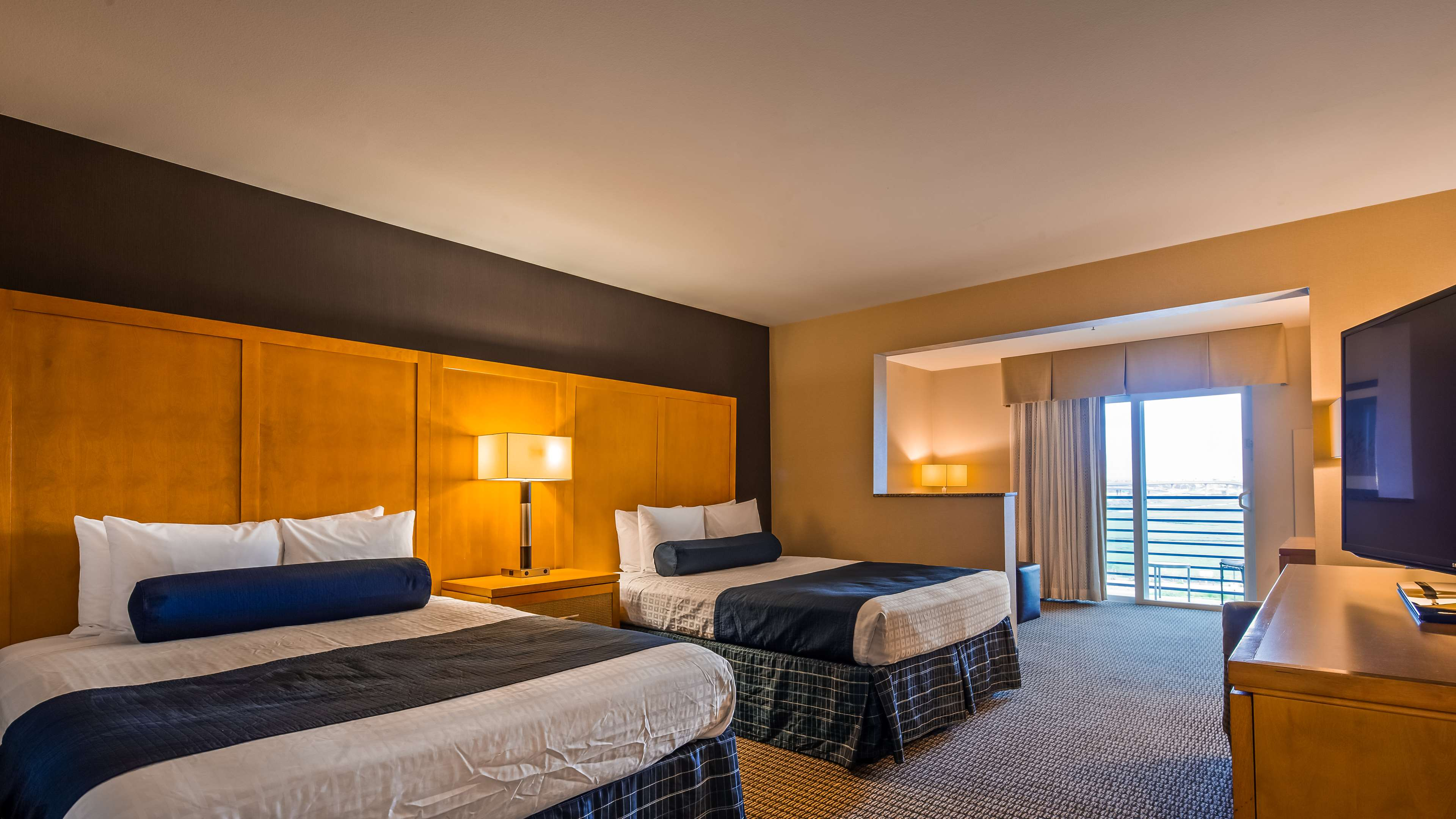 Best Western Plus Marina Gateway Hotel image 19