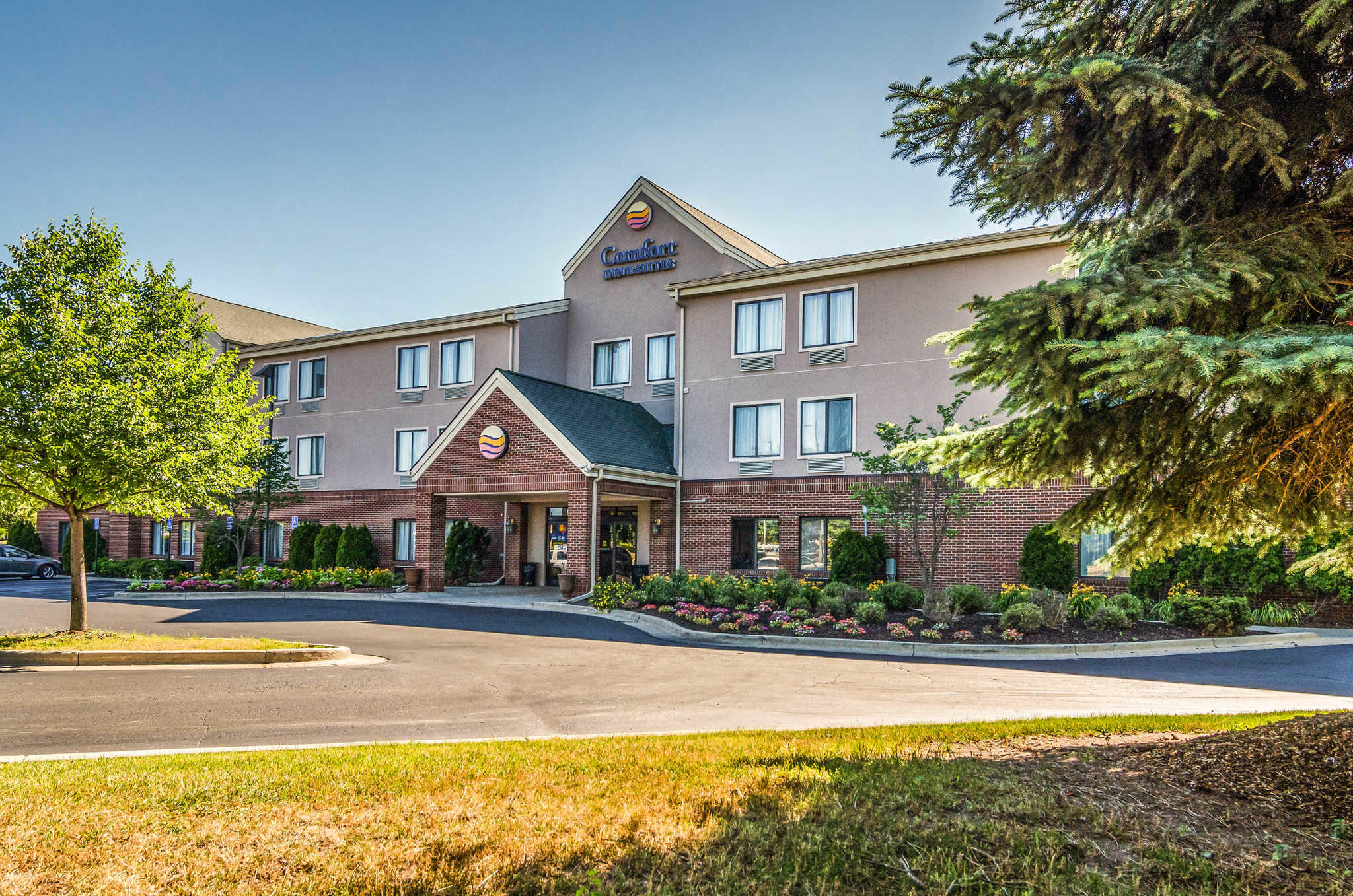 Comfort Inn Amp Suites University South 3501 South State