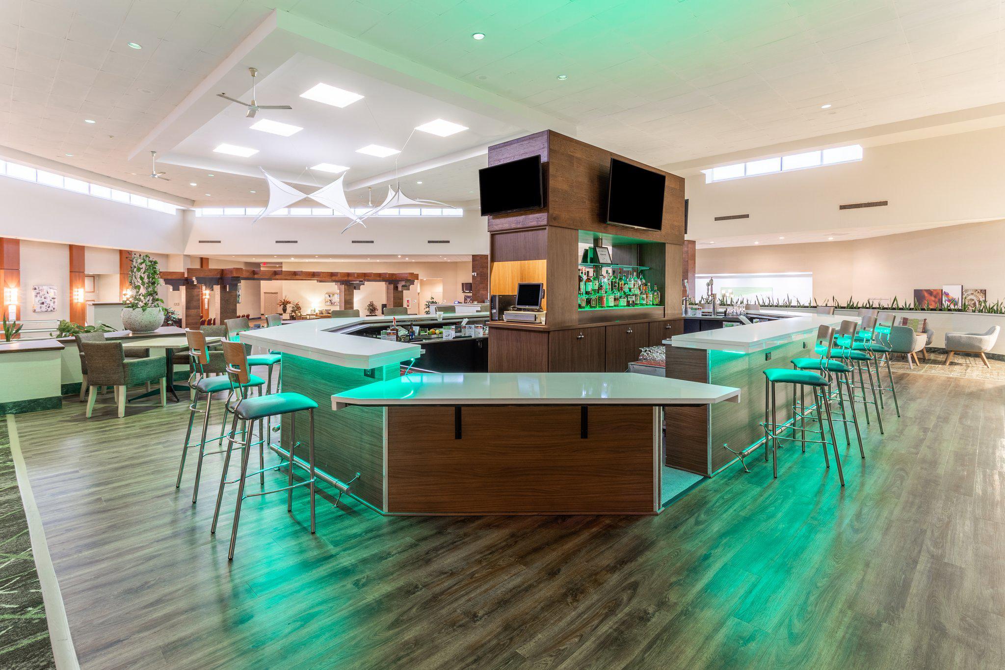 Holiday Inn Philadelphia South-Swedesboro, an IHG Hotel