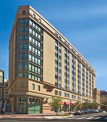 Residence Inn by Marriott Arlington Courthouse image 9