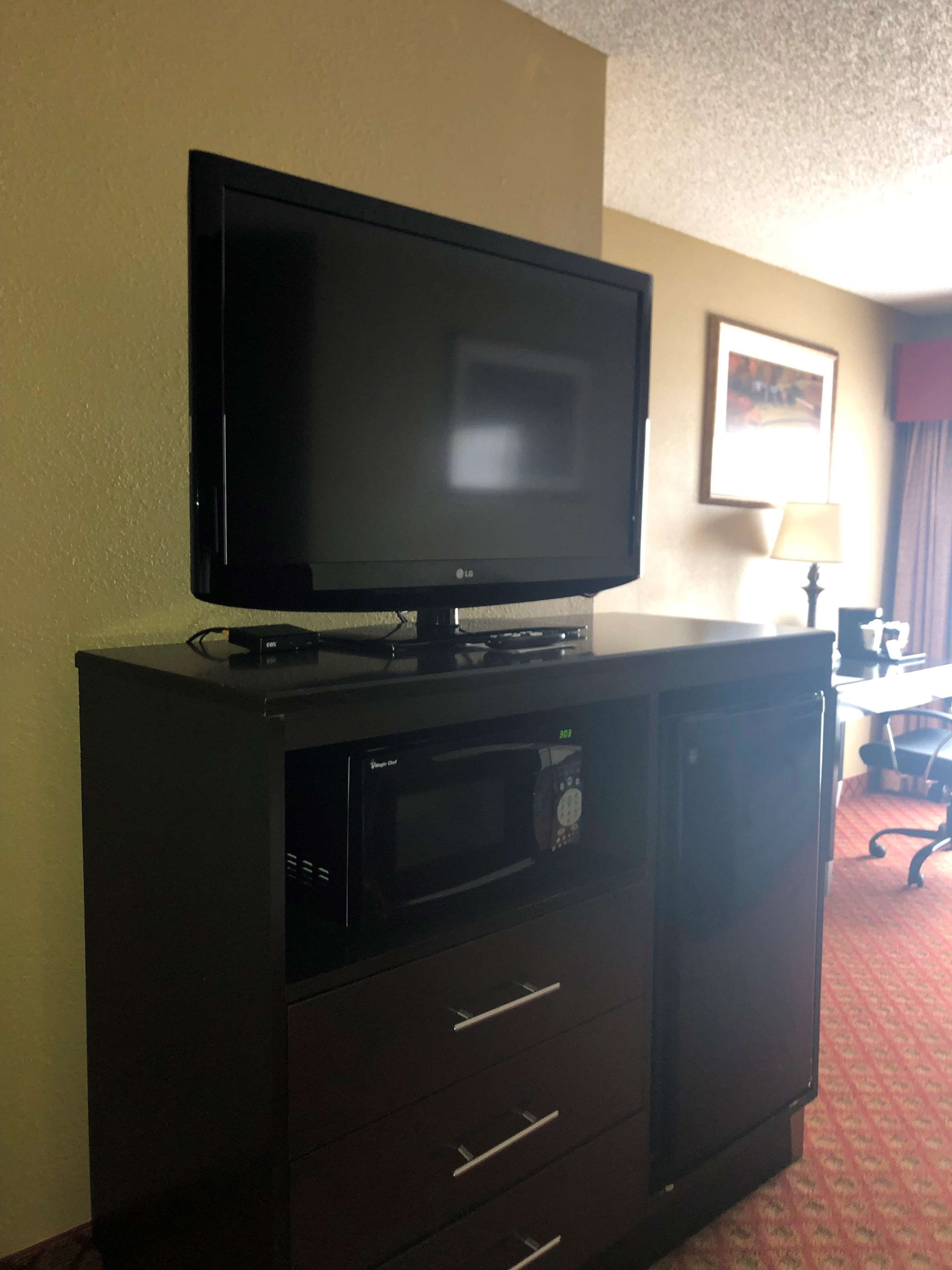 SureStay Plus Hotel by Best Western Oklahoma City North image 17