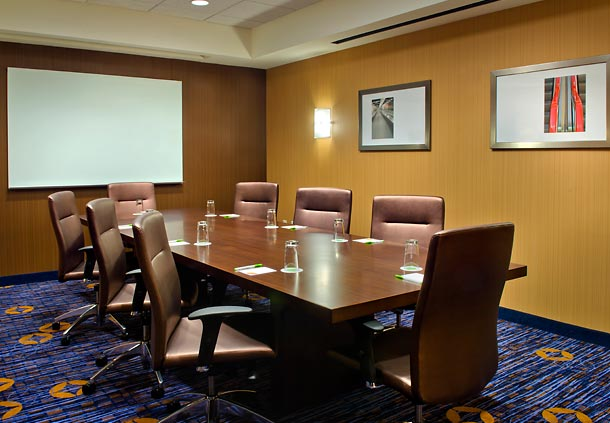 Courtyard by Marriott Newark Downtown image 5