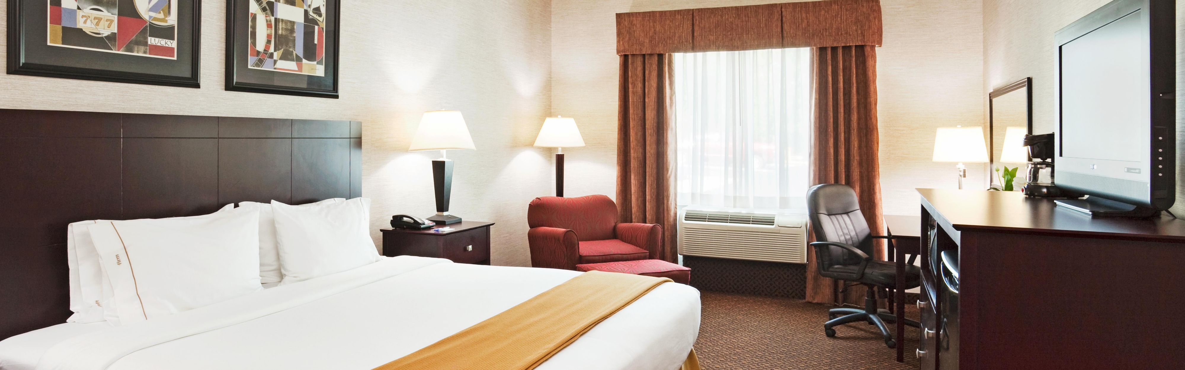 Holiday Inn Express Carrollton image 1