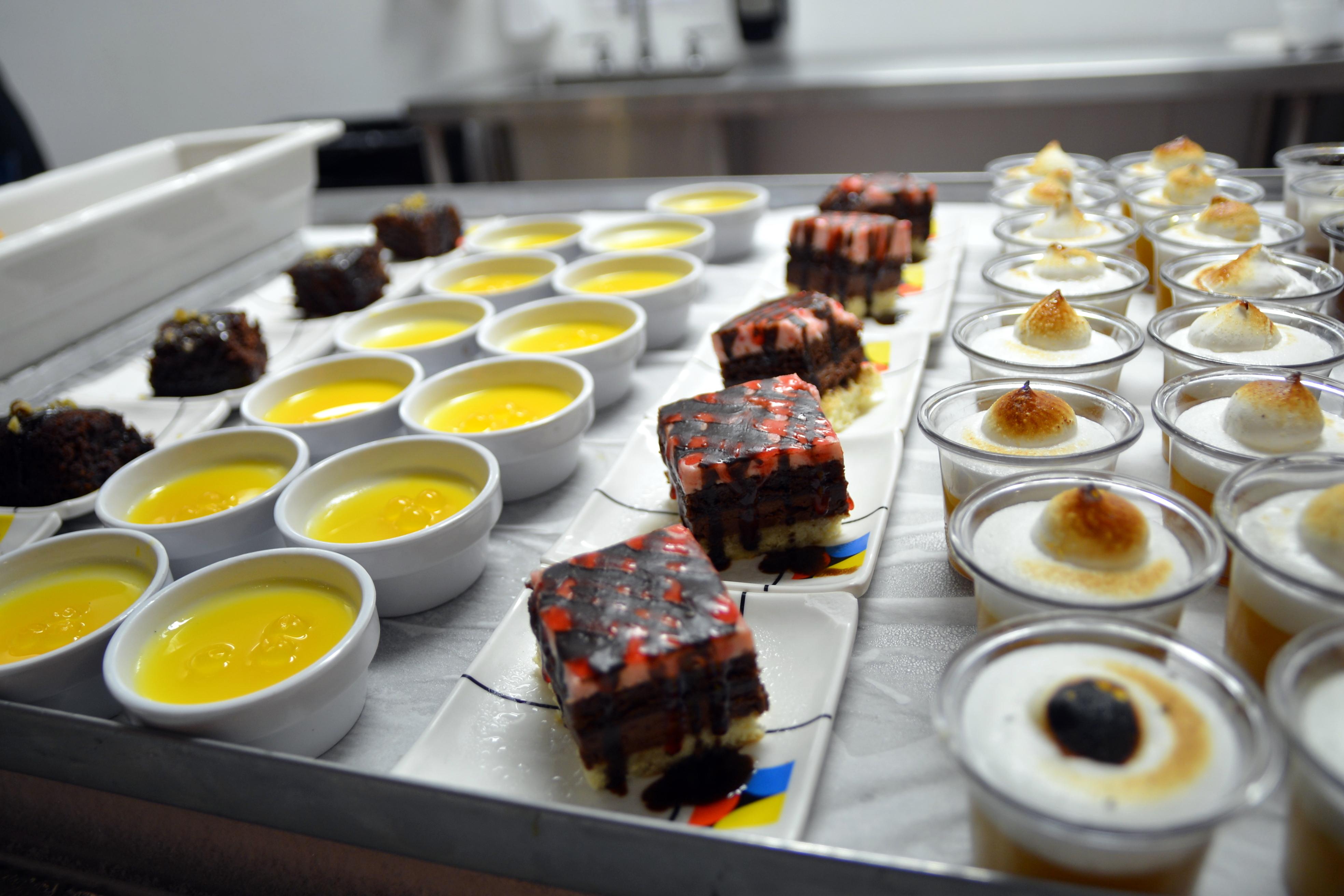 SanTo's Modern American Buffet & Sushi image 3