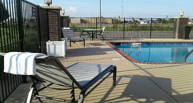 Best Western Plus Jonesboro Inn & Suites image 11