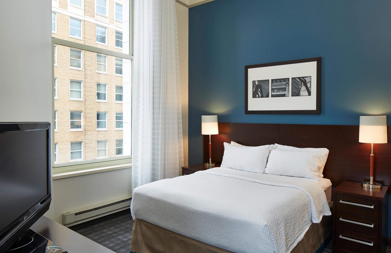 Residence Inn by Marriott Milwaukee Downtown image 20