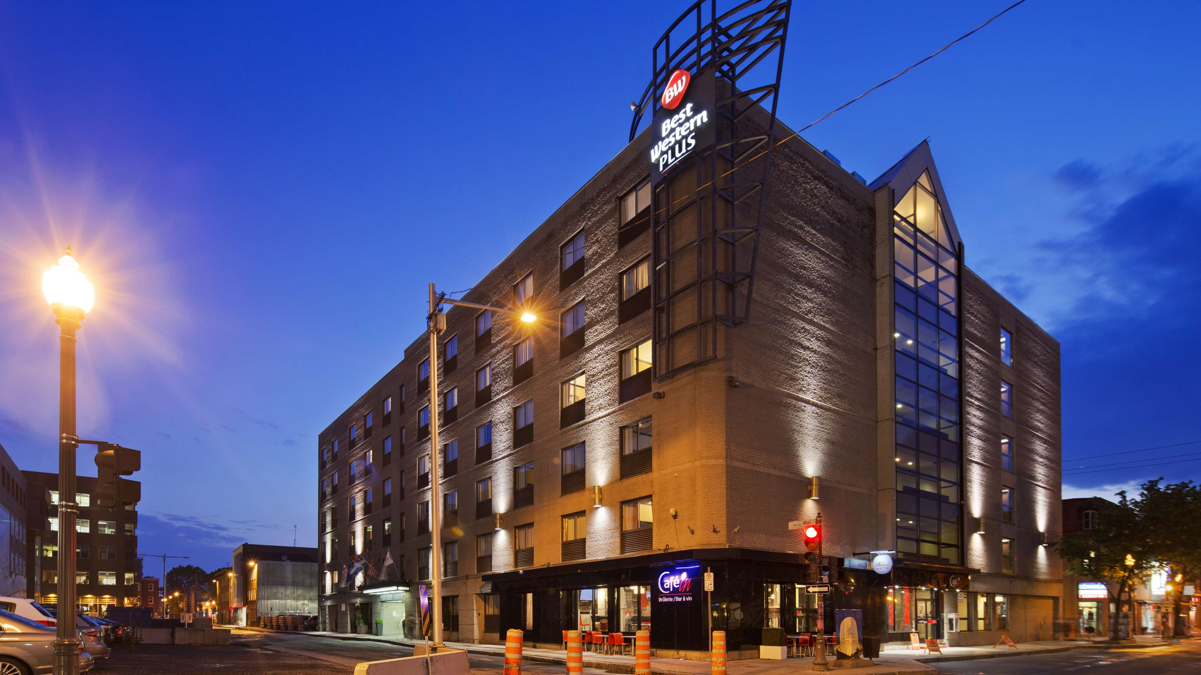 Best western plus city centre centre ville 330 de la for Design hotel quebec city