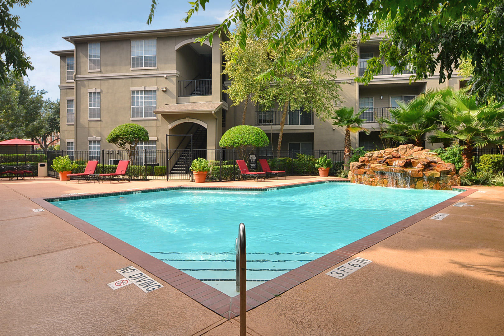 Midtown Arbor Place Apartments in Houston, TX image 13