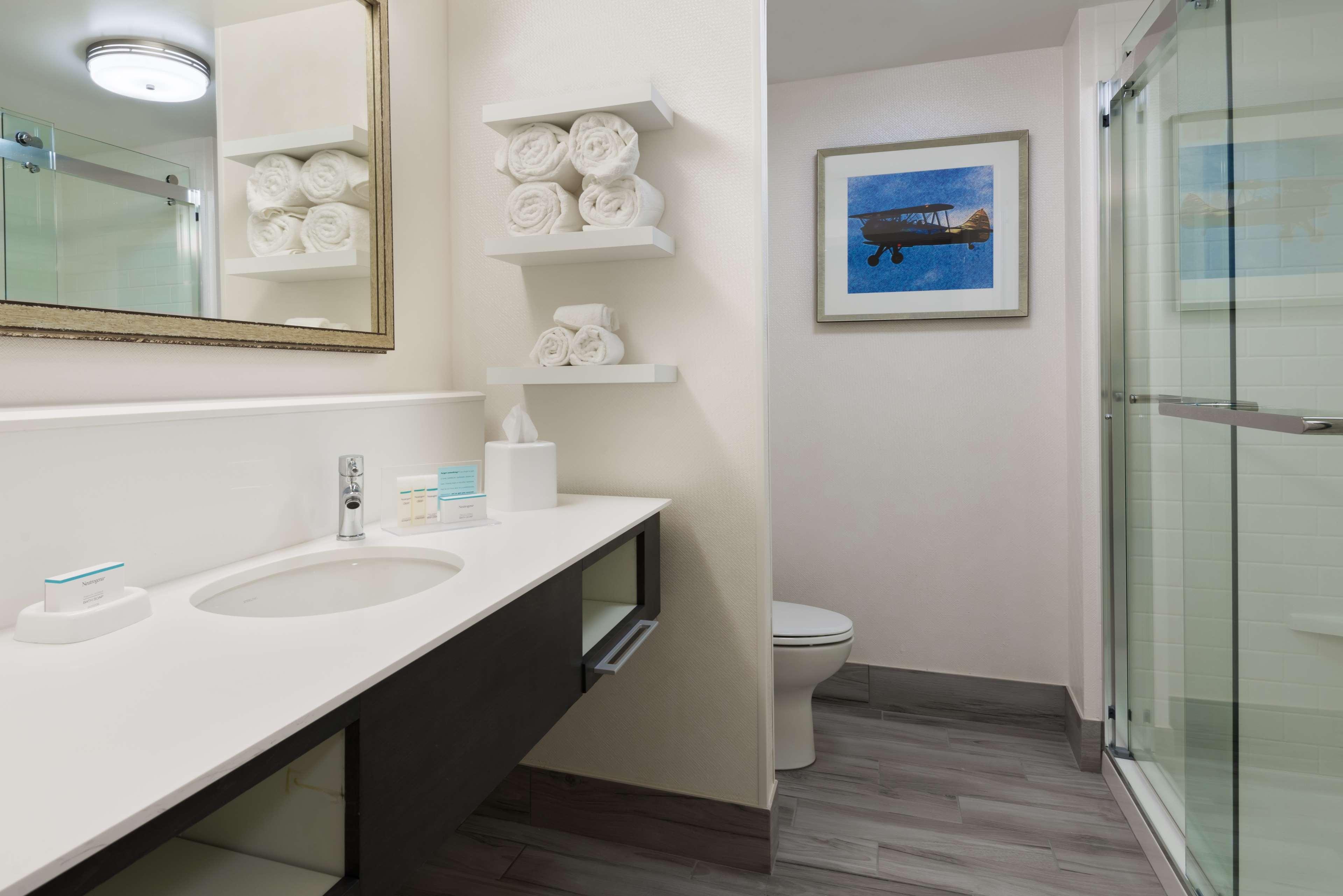 Hampton Inn & Suites Tampa Airport Avion Park Westshore image 24