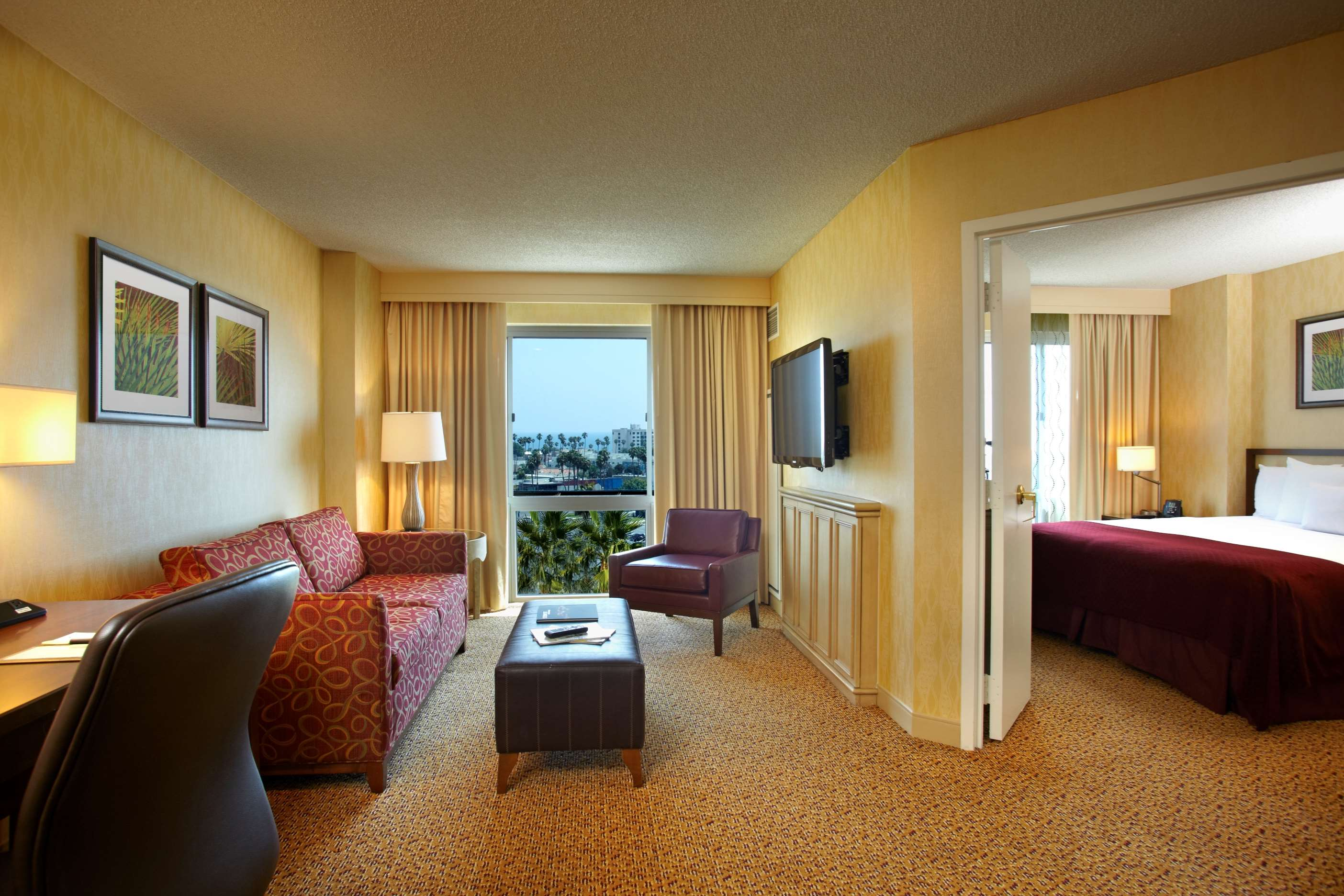 DoubleTree Suites by Hilton Hotel Santa Monica image 12