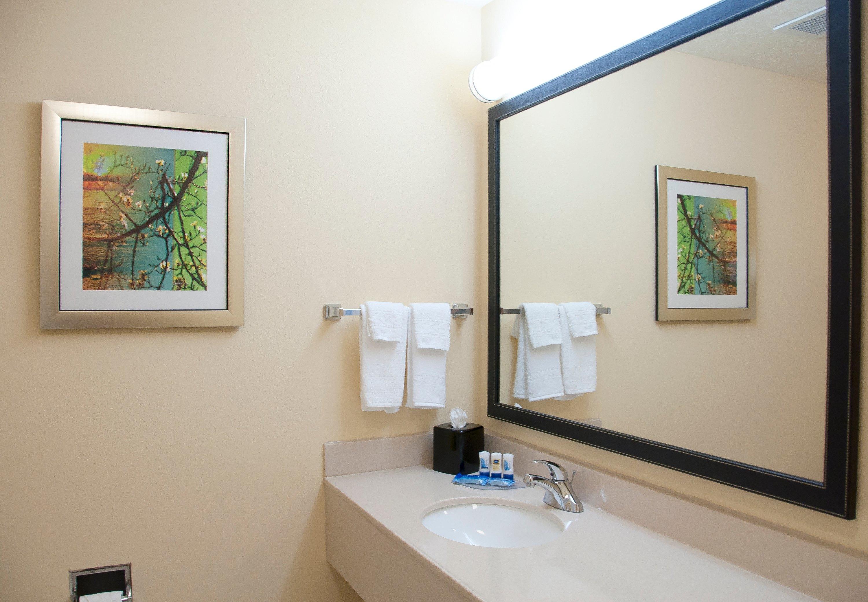 Fairfield Inn & Suites by Marriott Ames image 13