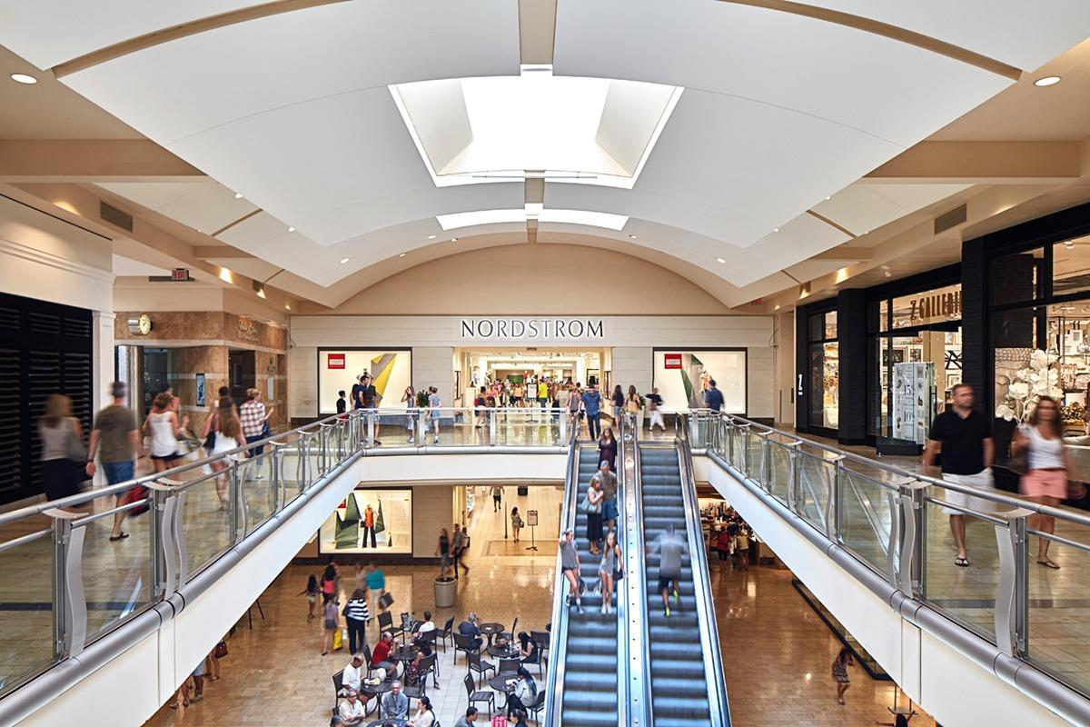 The Shops at Mission Viejo image 3