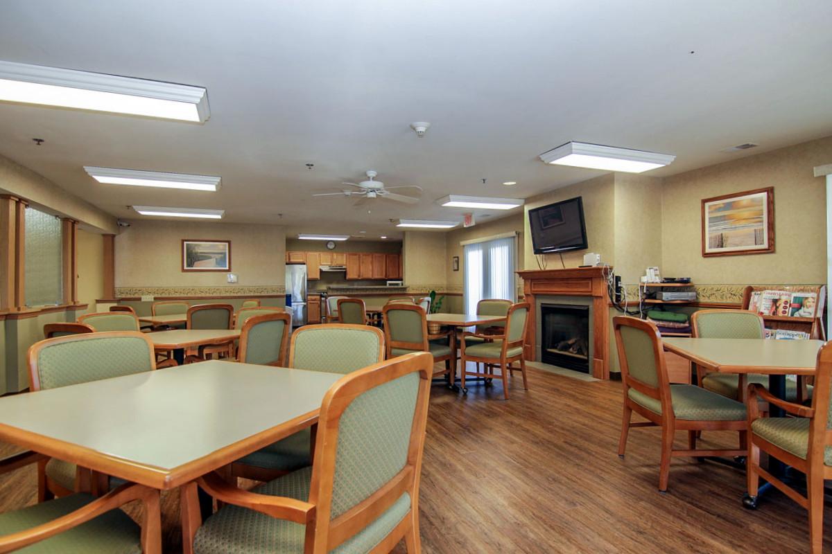Villa Ciera Senior Apartments image 1