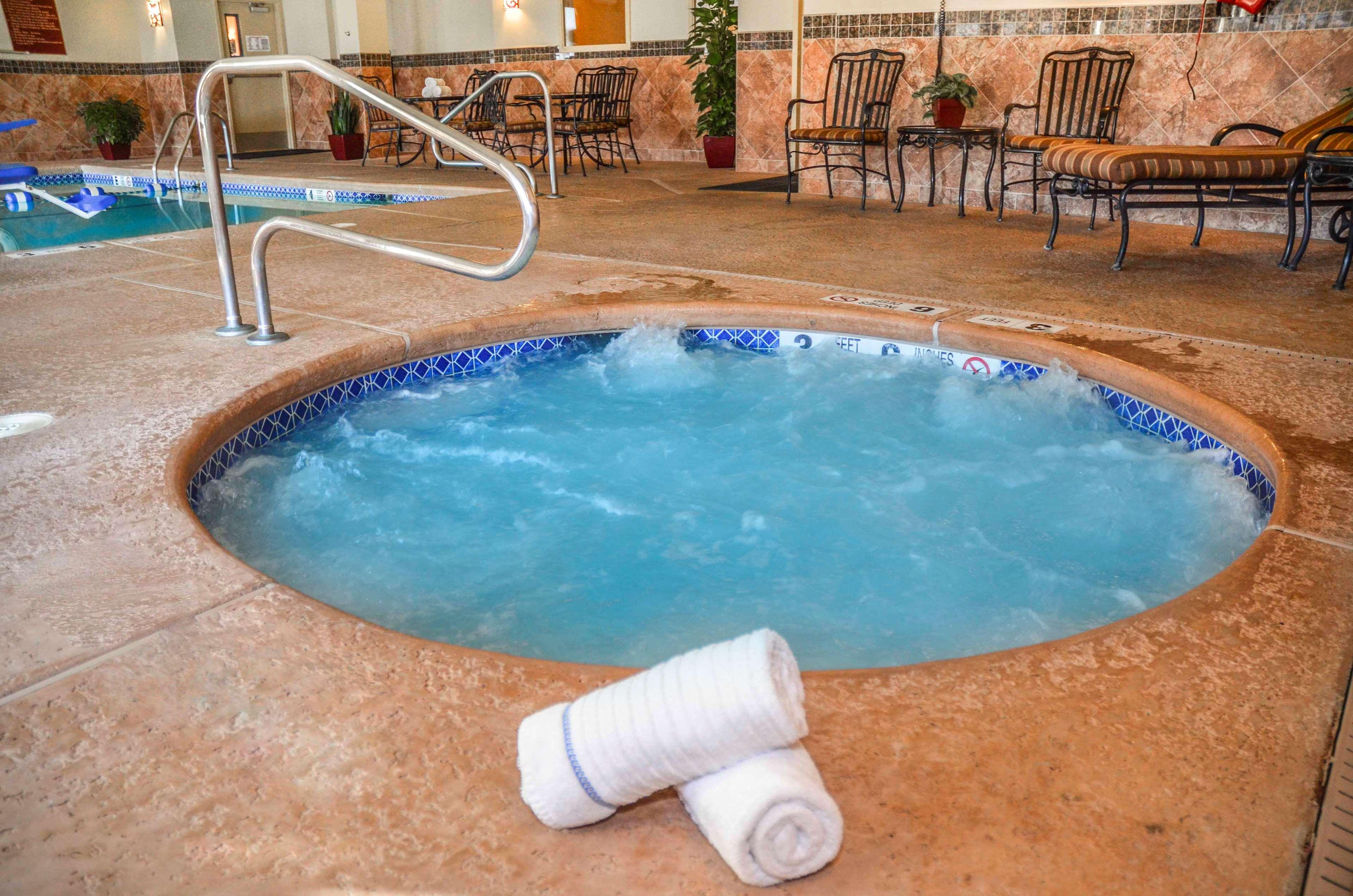 Best Western Plus Vineyard Inn & Suites image 20