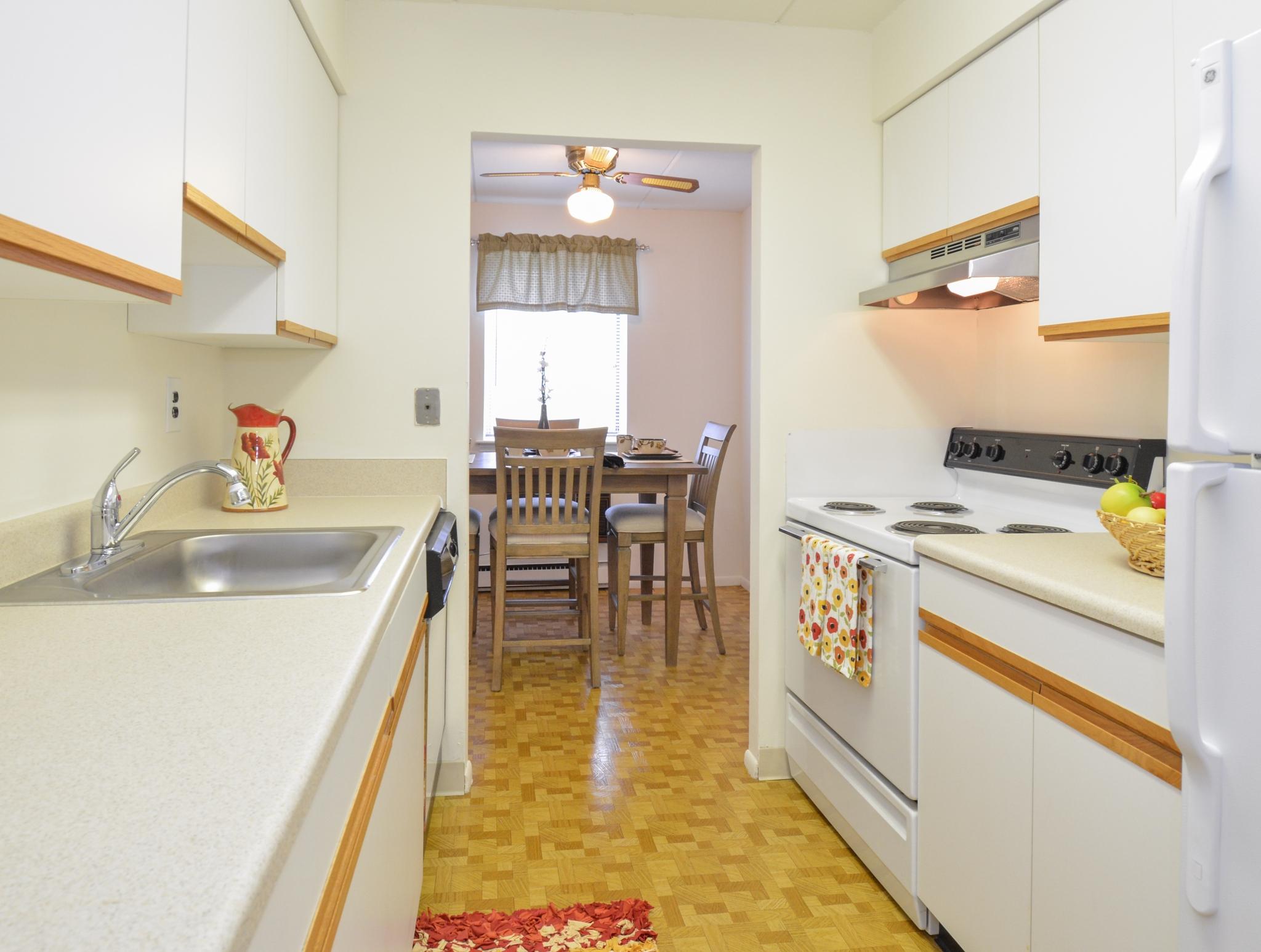 Norwood House Apartments image 14