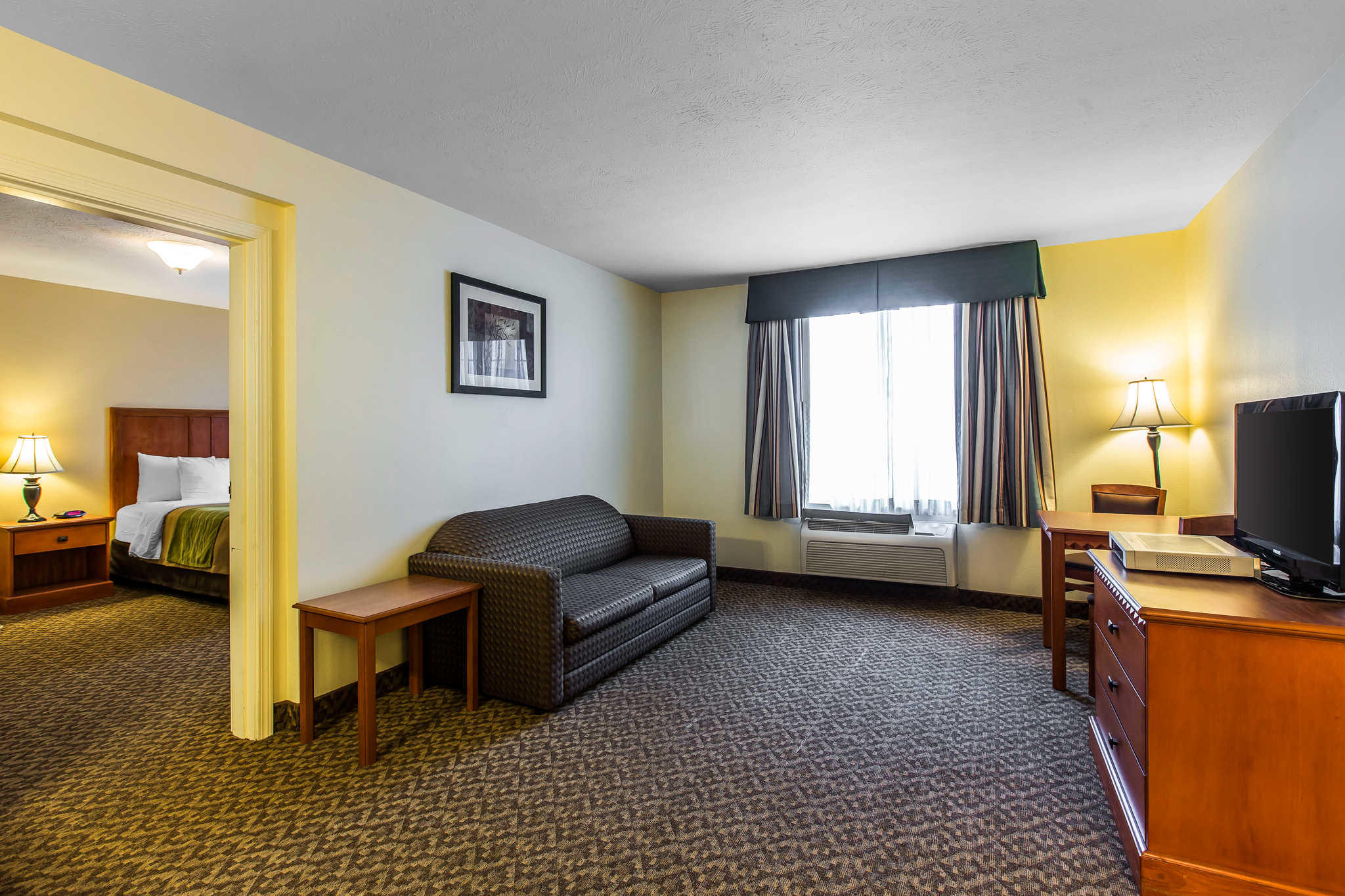 Comfort Inn & Suites El Centro I-8 image 16