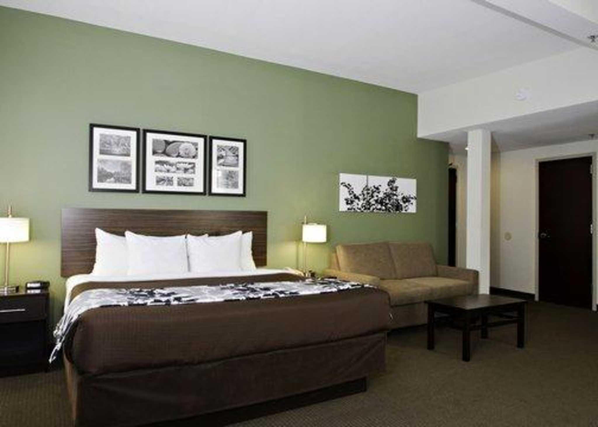 Sleep Inn & Suites Downtown Inner Harbor image 21