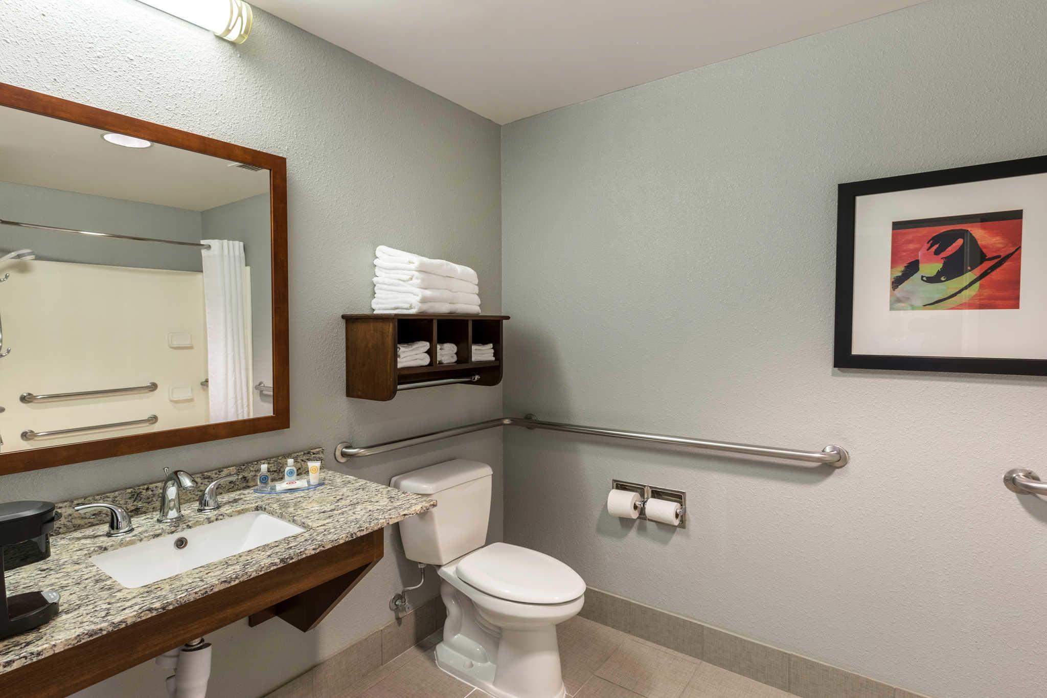 Comfort Inn image 14