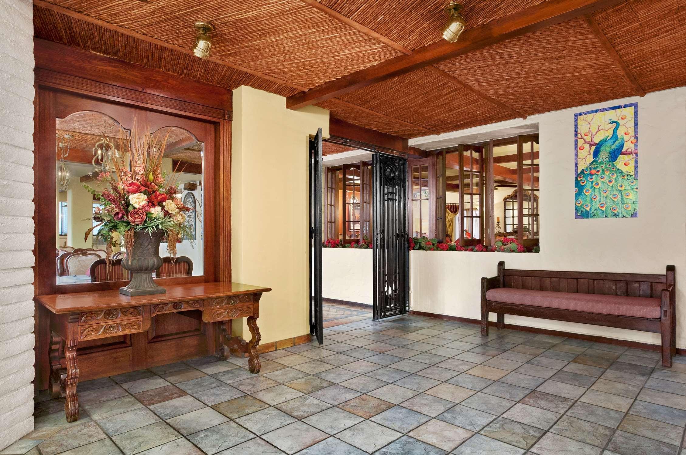 Embassy Suites by Hilton Arcadia Pasadena Area image 13