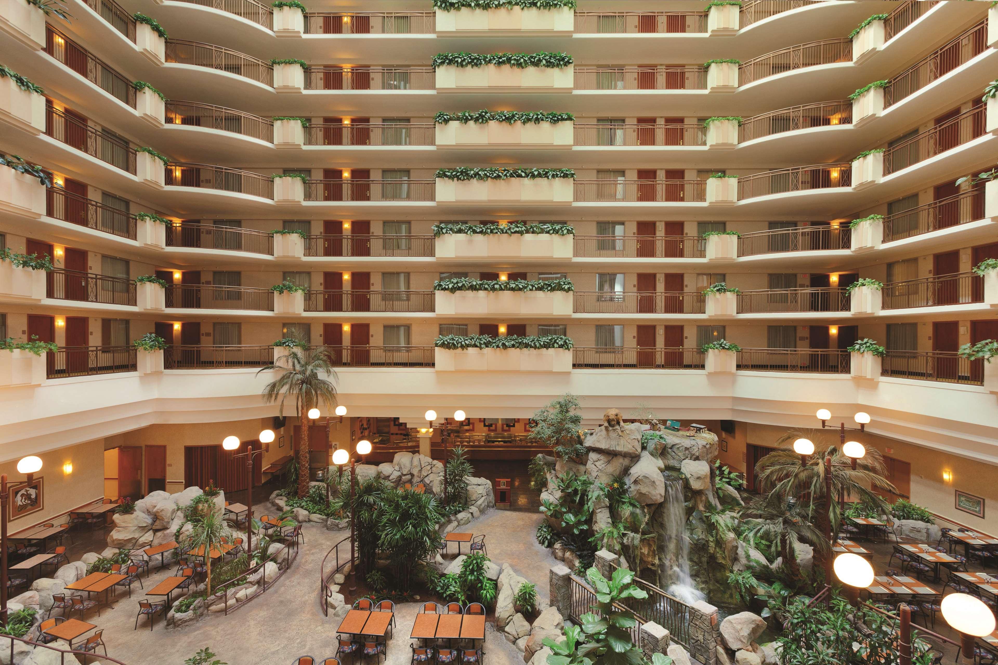 Embassy Suites by Hilton Anaheim South 11767 Harbor Boulevard Garden ...