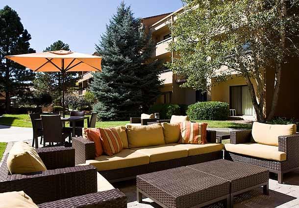 Courtyard by Marriott Boulder image 1