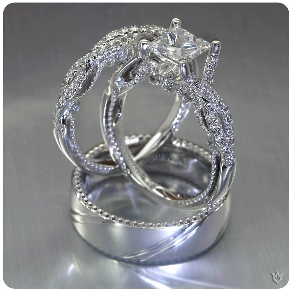 Emerald Lady Jewelry image 5