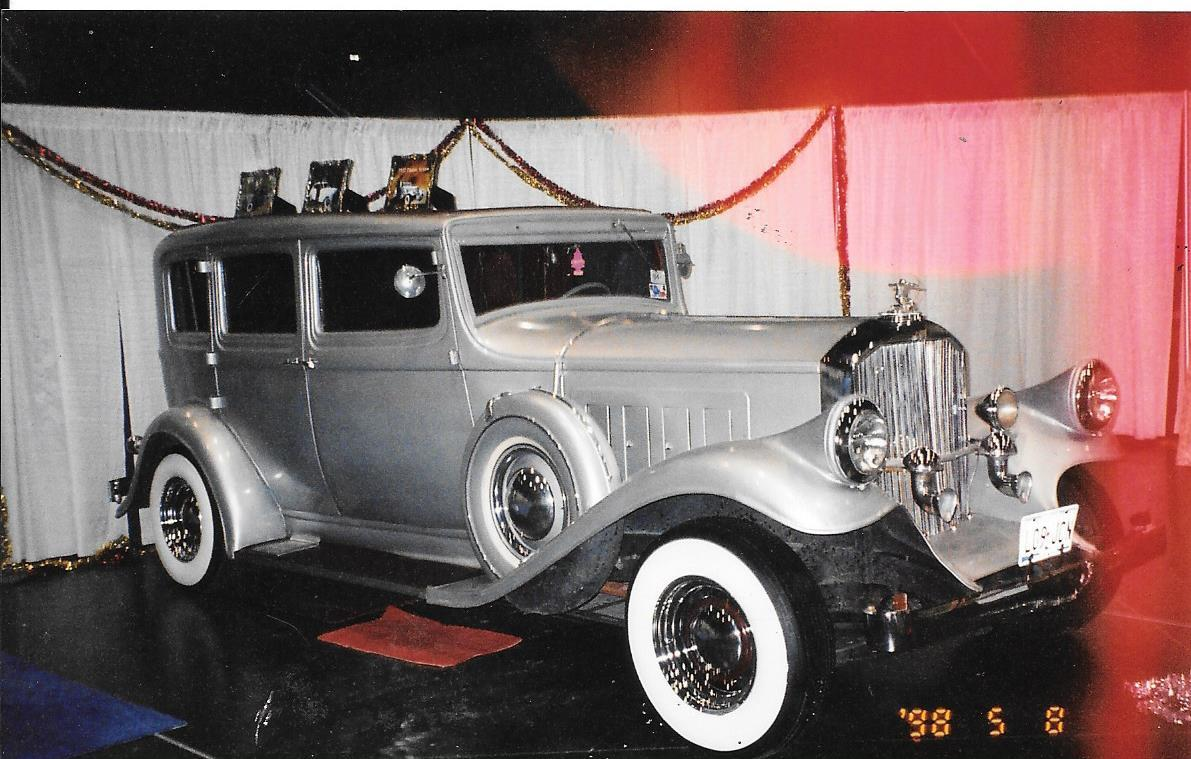 Wash Unique Antique Limousine Service - ad image
