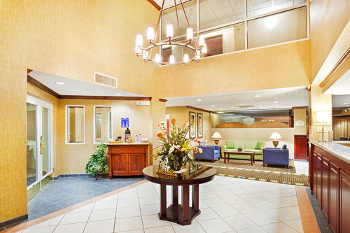 Holiday Inn Express & Suites Kings Mountain - Shelby Area image 3