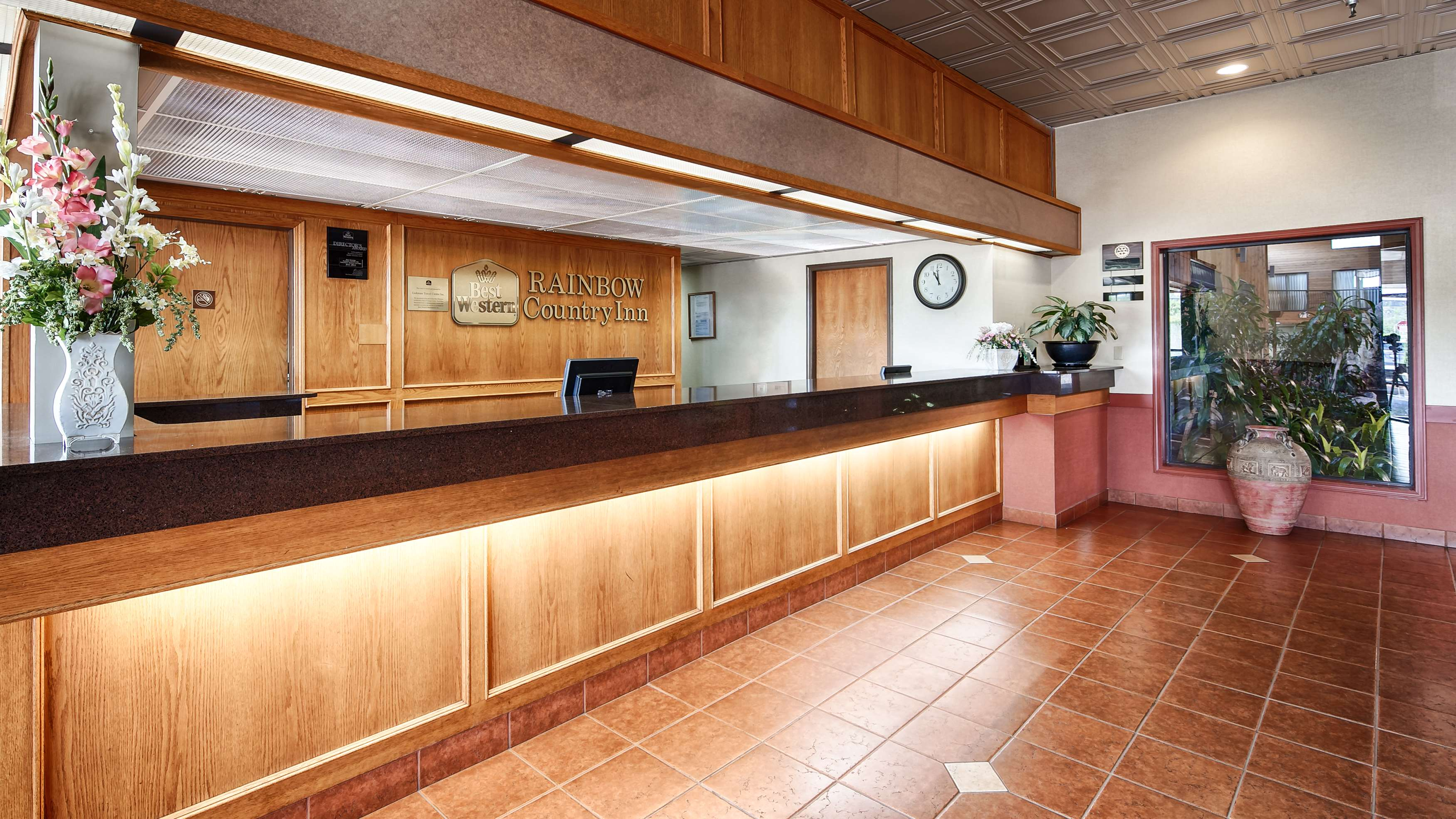 Best Western Rainbow Country Inn in Chilliwack: Lobby