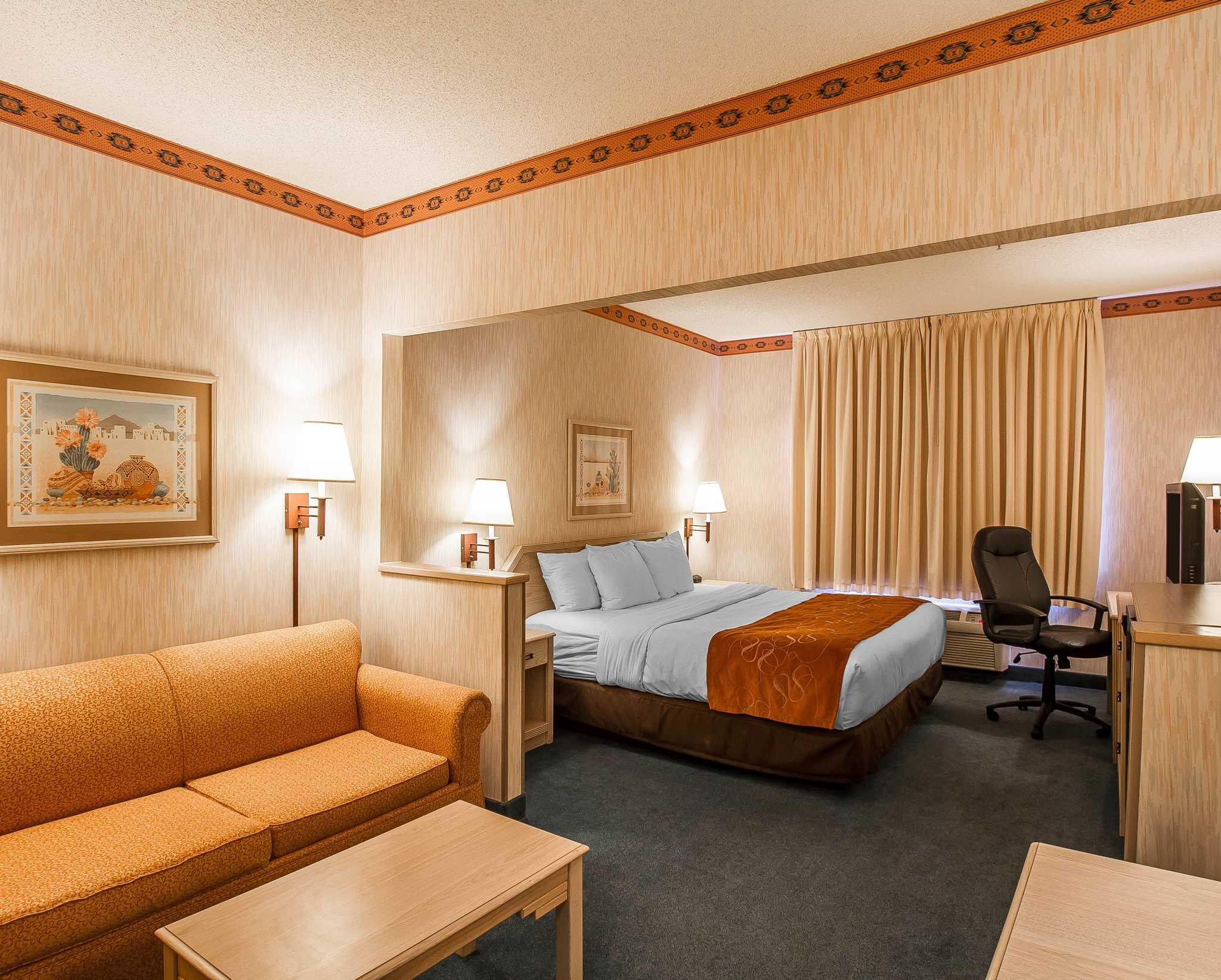Comfort Suites Peoria Sports Complex image 19