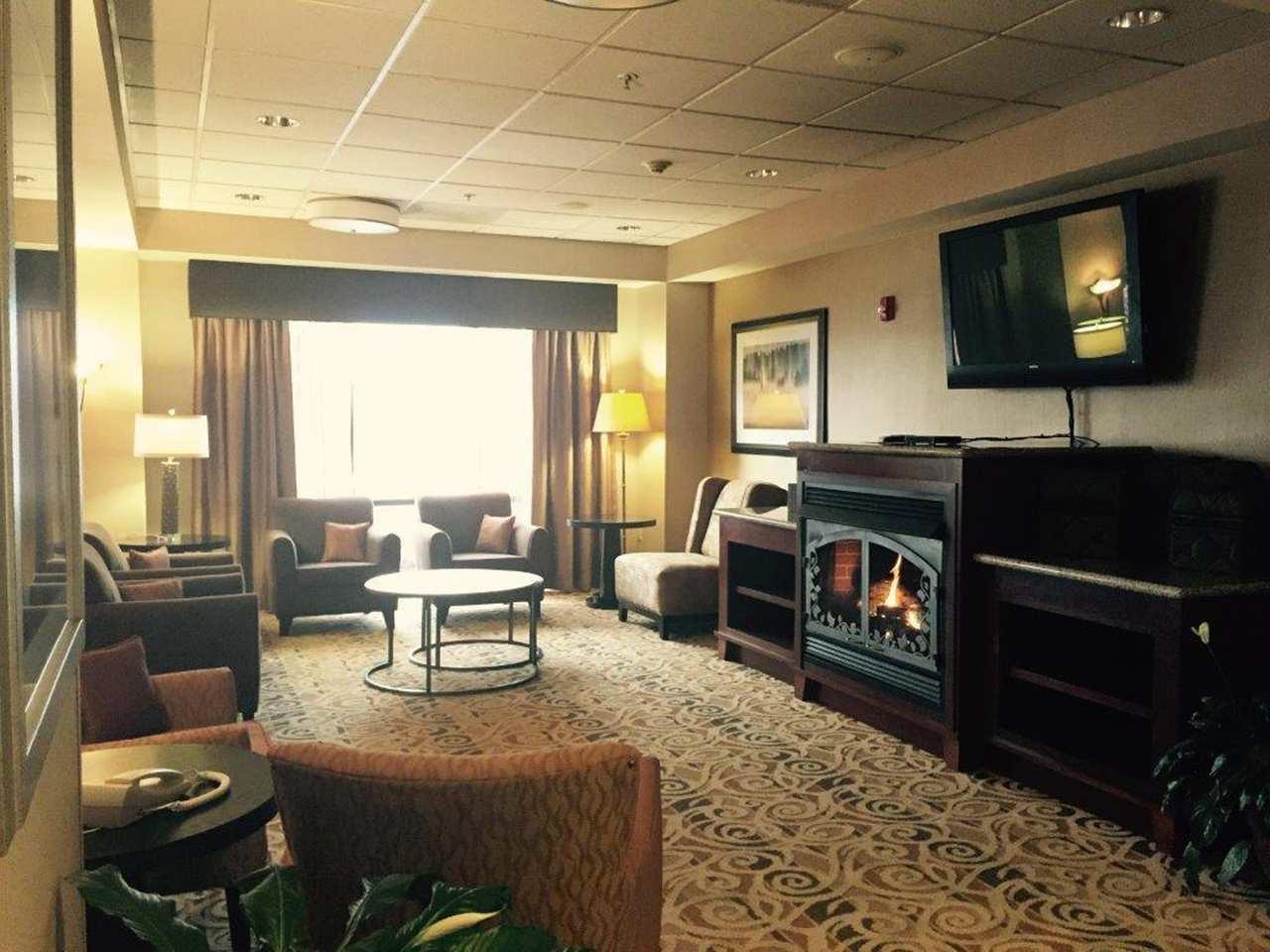 Hampton Inn Elkins image 13