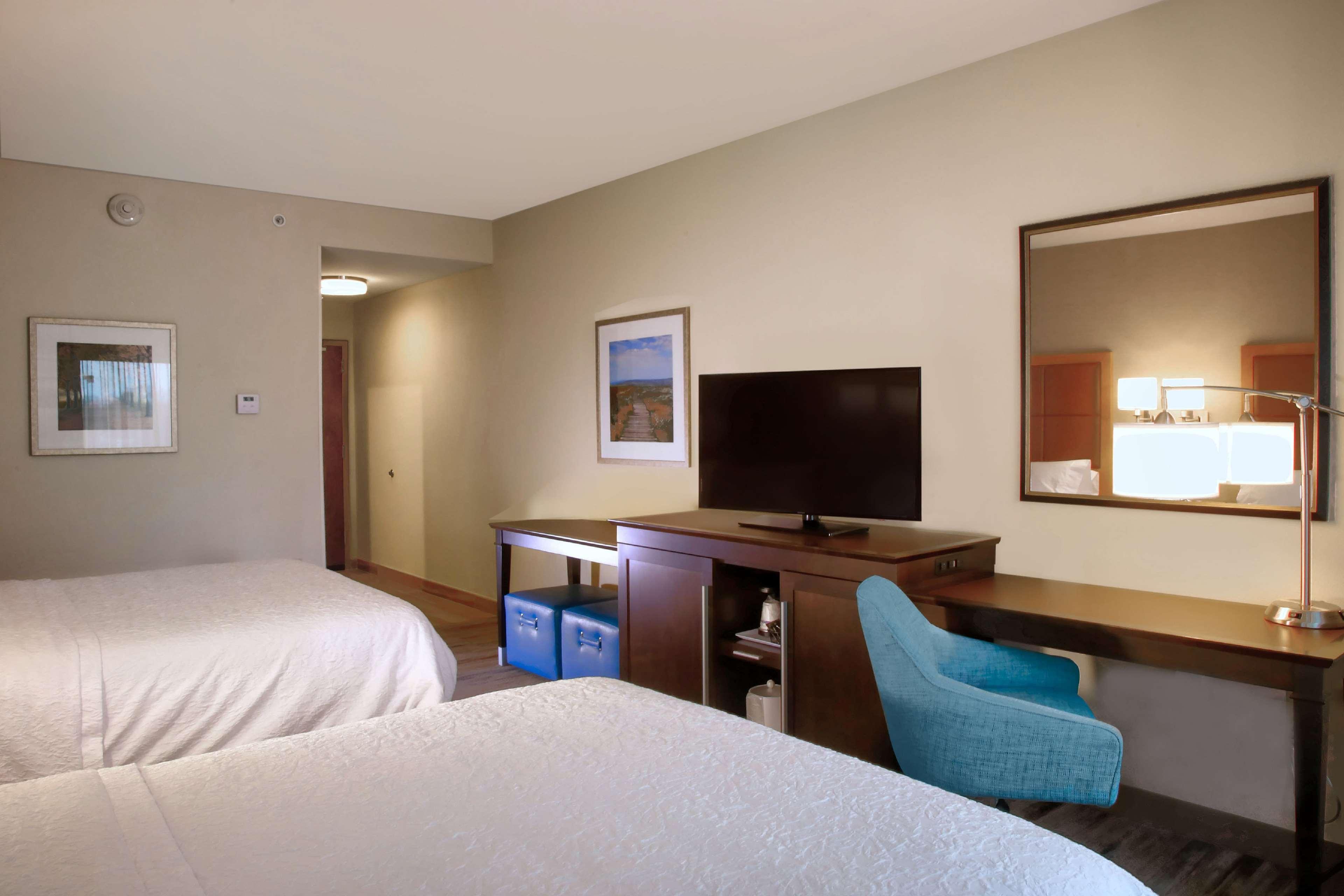 Hampton Inn & Suites Baltimore/Aberdeen image 16