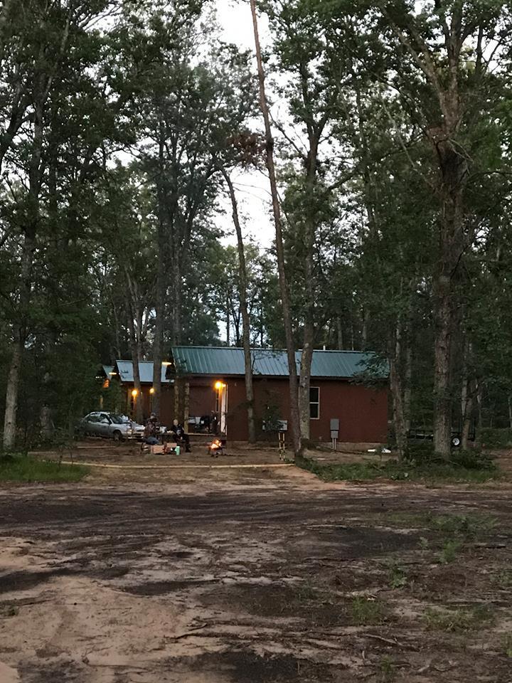 Best Bear Lodge & Campground Baldwin/Irons Area image 23