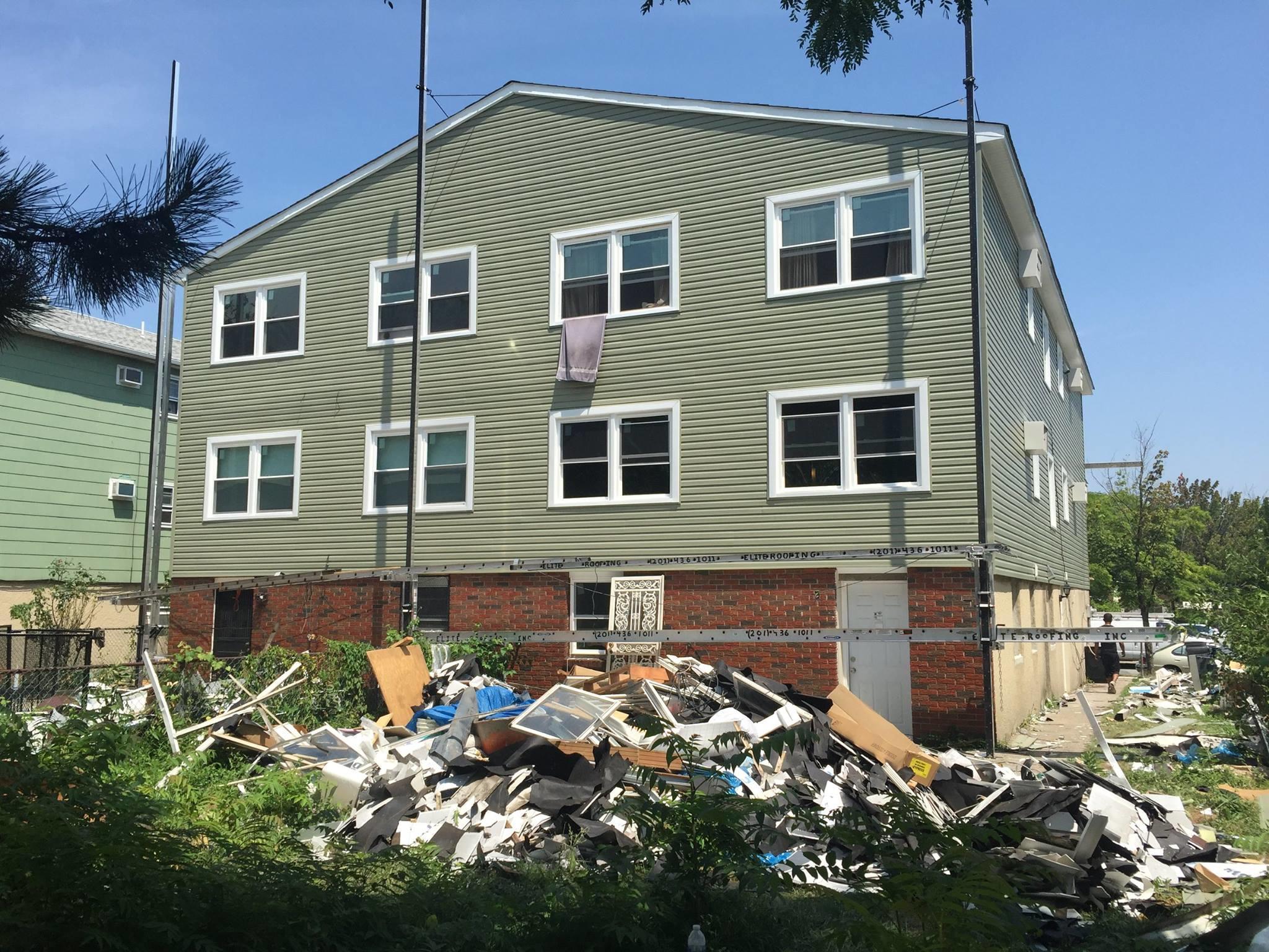 Elite Roofing Contractor image 2