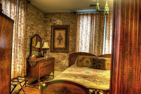 Andrea's Kingston Room