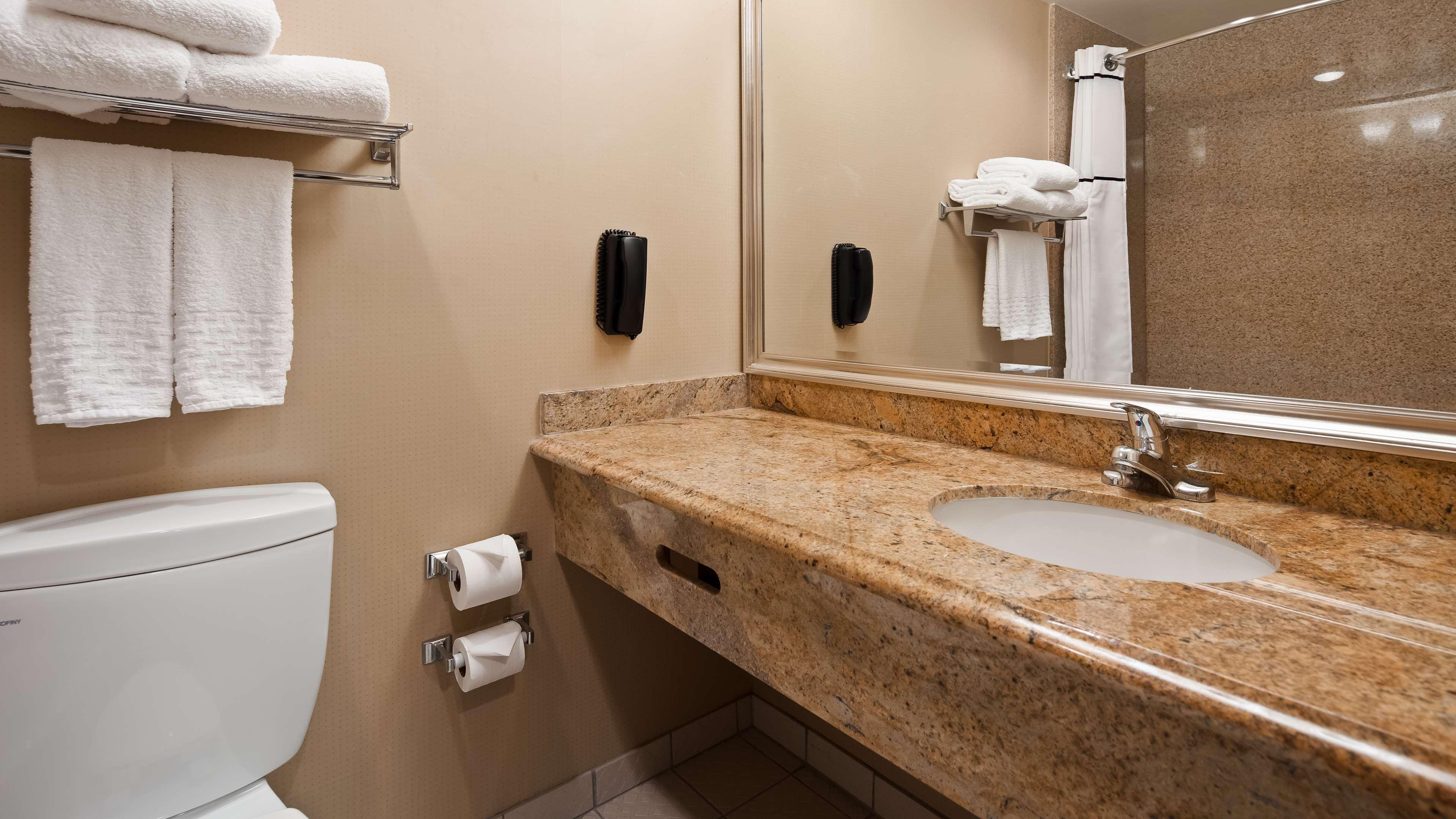 Best Western Plus Newport Mesa Inn image 22