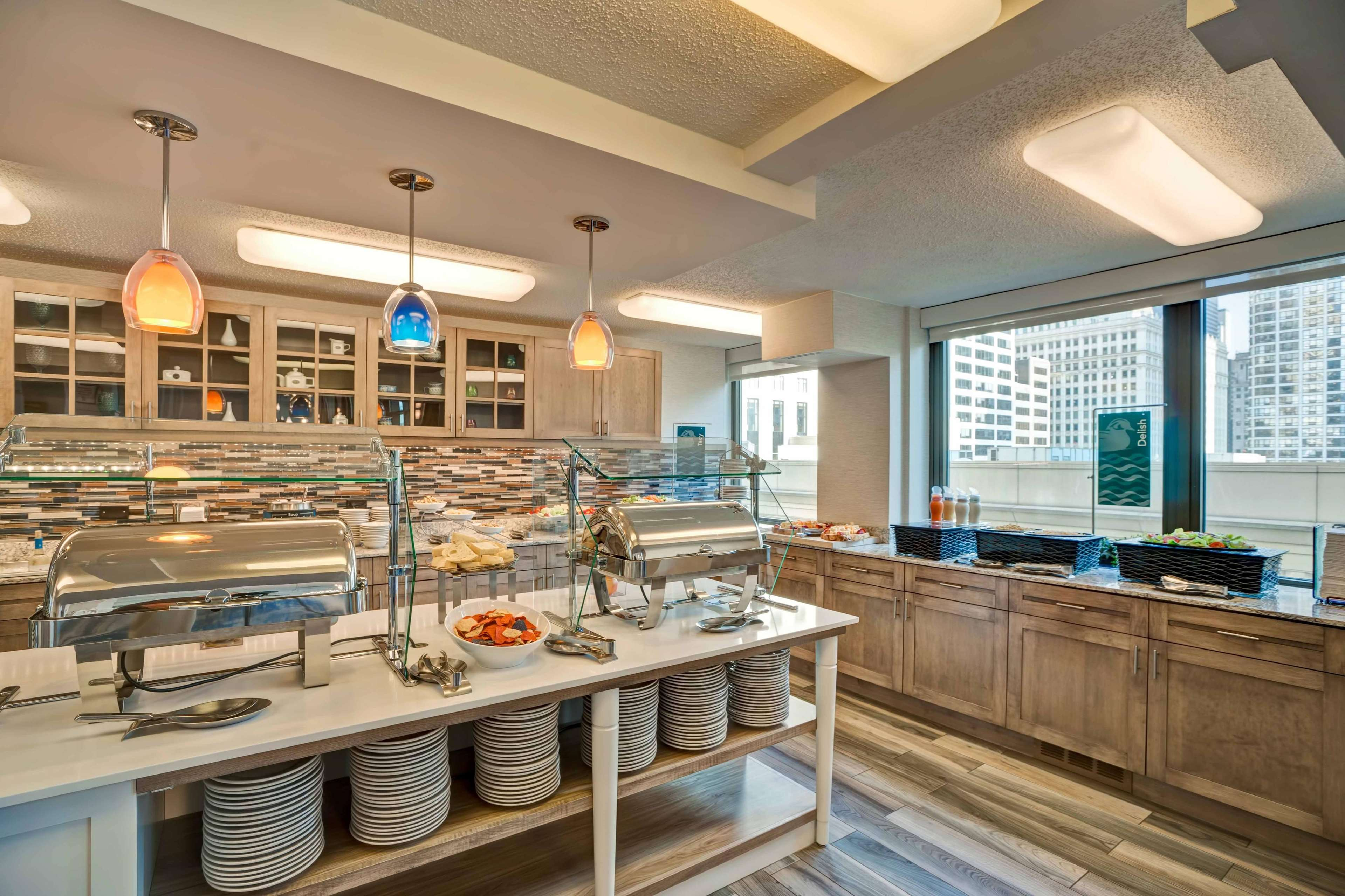 Homewood Suites by Hilton Chicago-Downtown image 35
